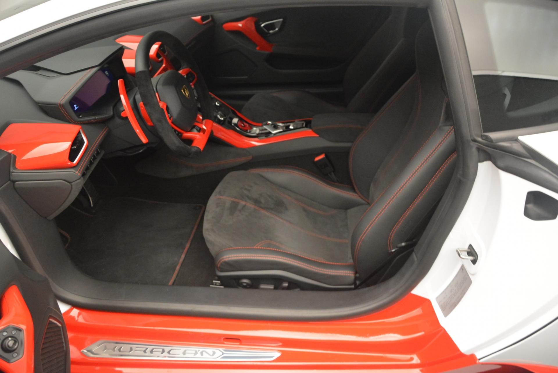 Used 2015 Lamborghini Huracan LP610-4 For Sale In Westport, CT 114_p15