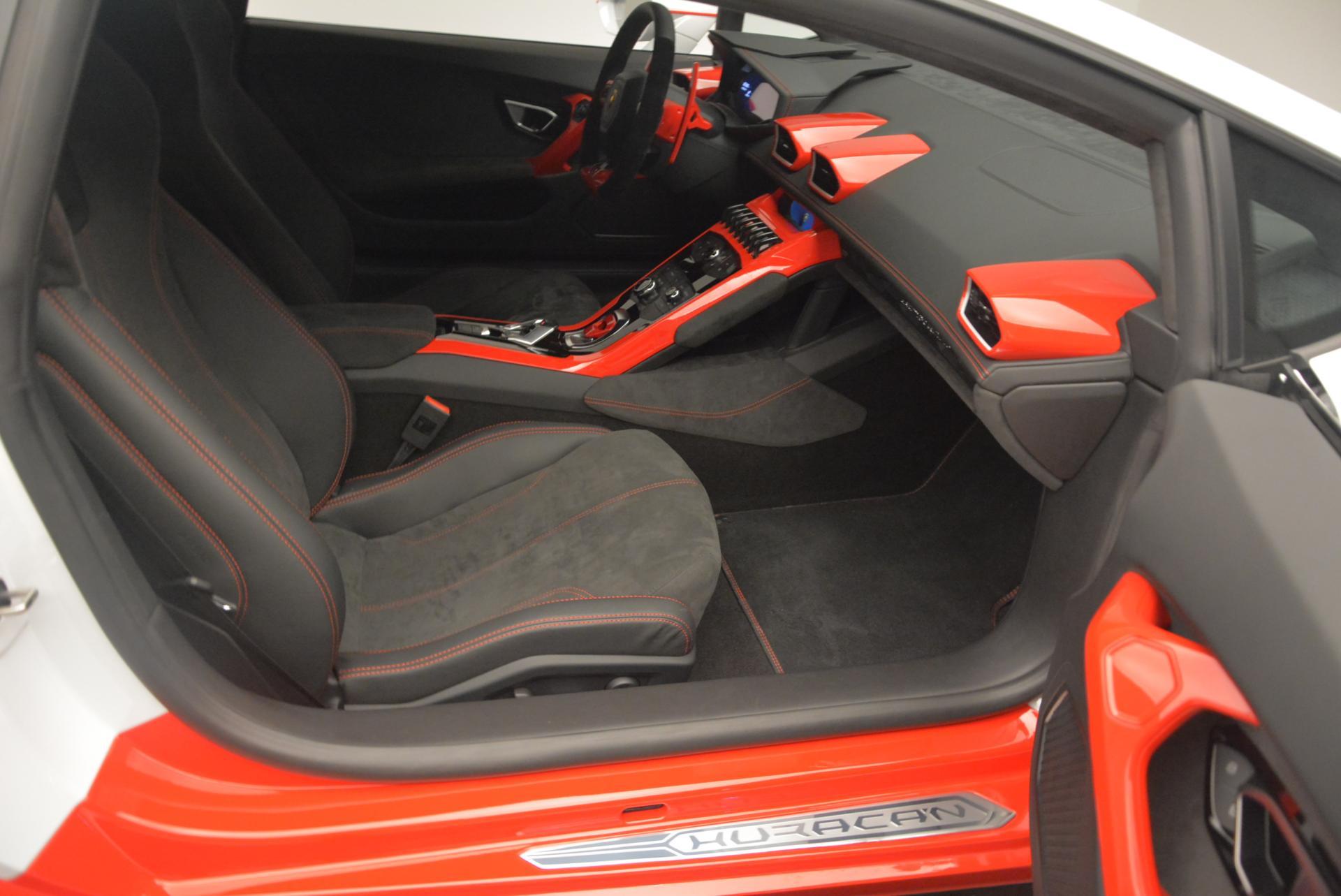 Used 2015 Lamborghini Huracan LP610-4 For Sale In Westport, CT 114_p19