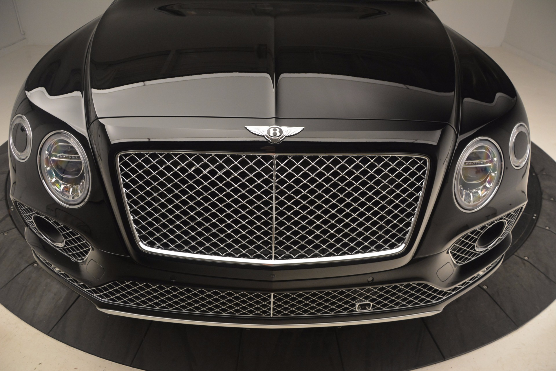 New 2017 Bentley Bentayga  For Sale In Westport, CT 1140_p15