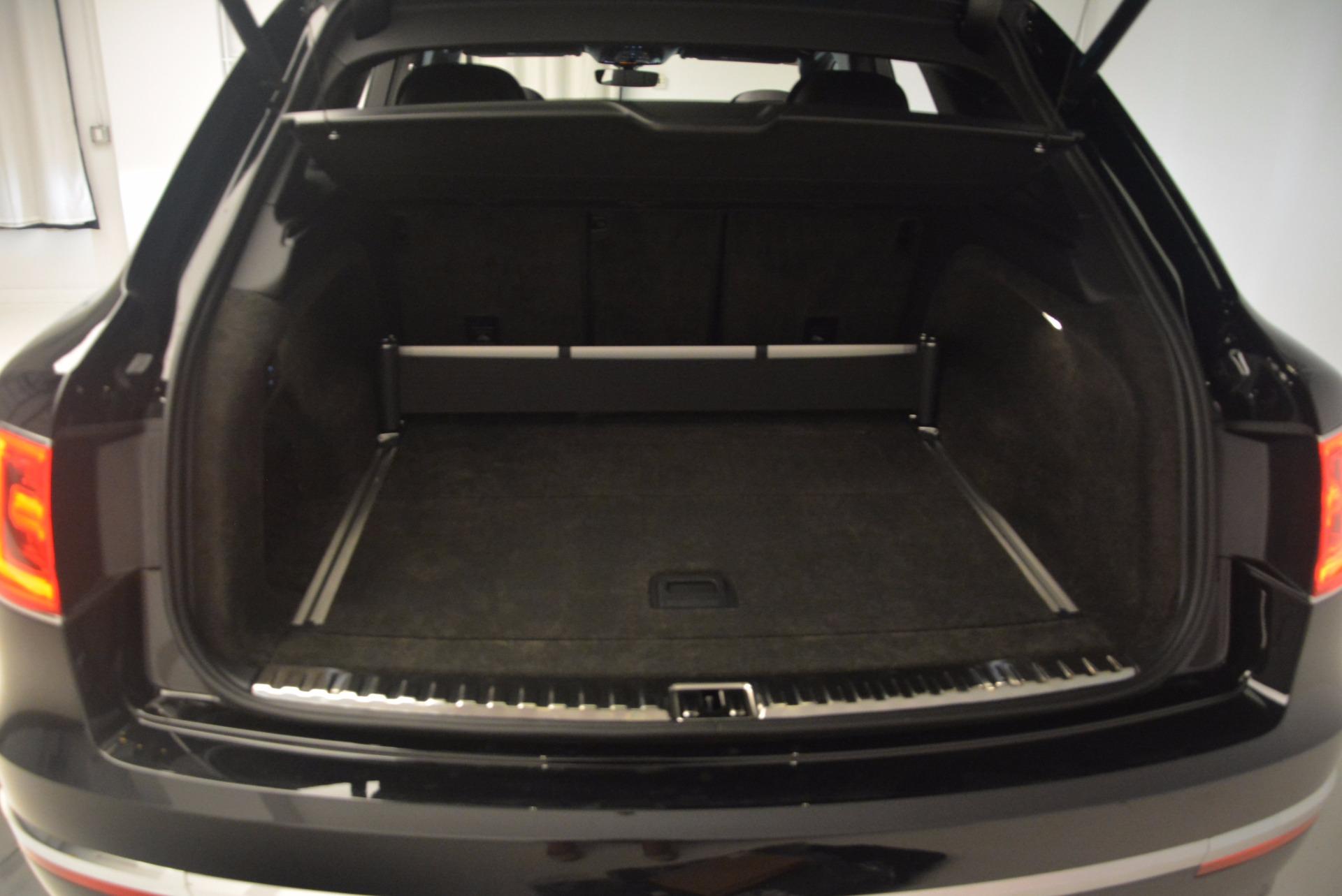 New 2017 Bentley Bentayga  For Sale In Westport, CT 1140_p40