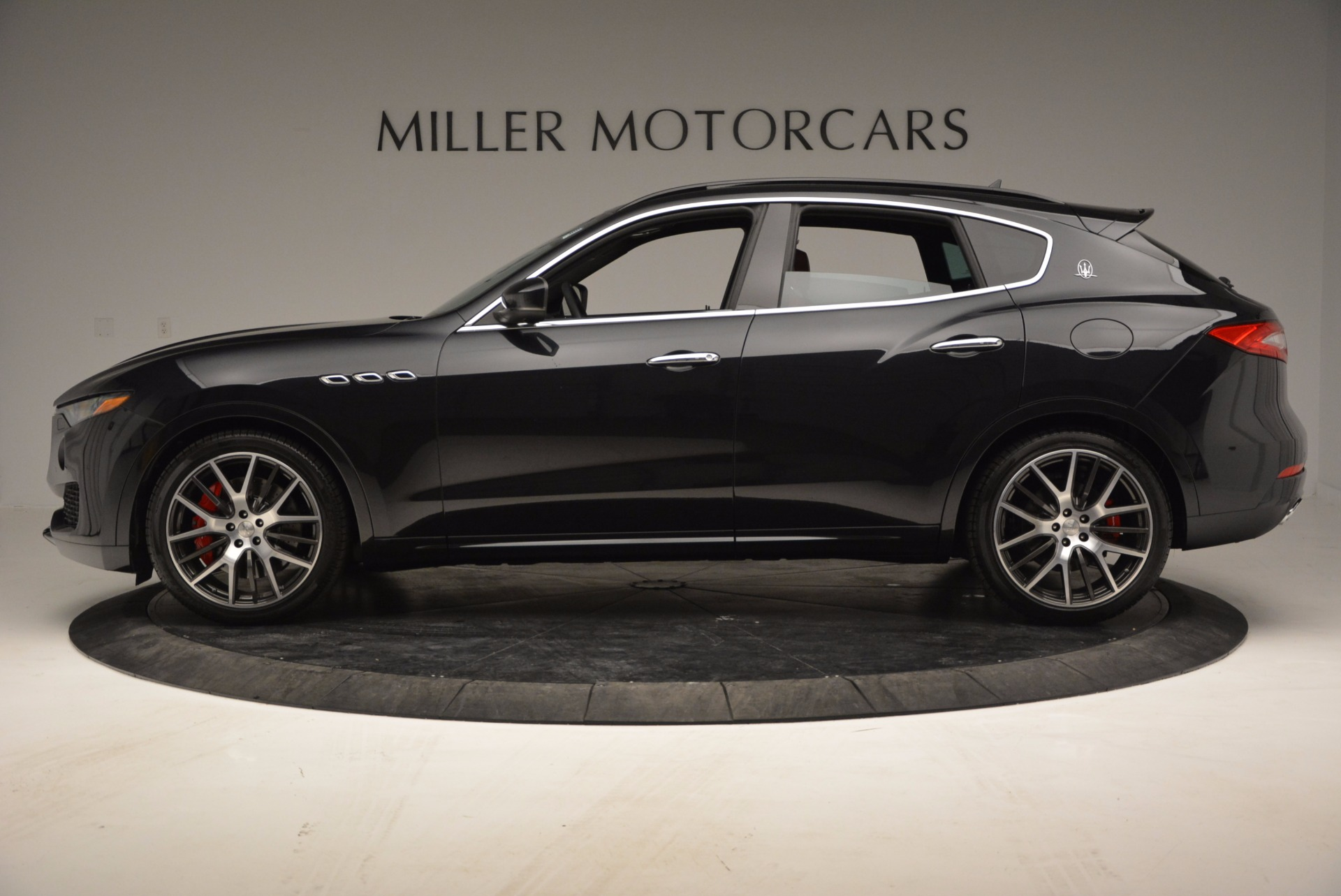 New 2017 Maserati Levante  For Sale In Westport, CT 1143_p3