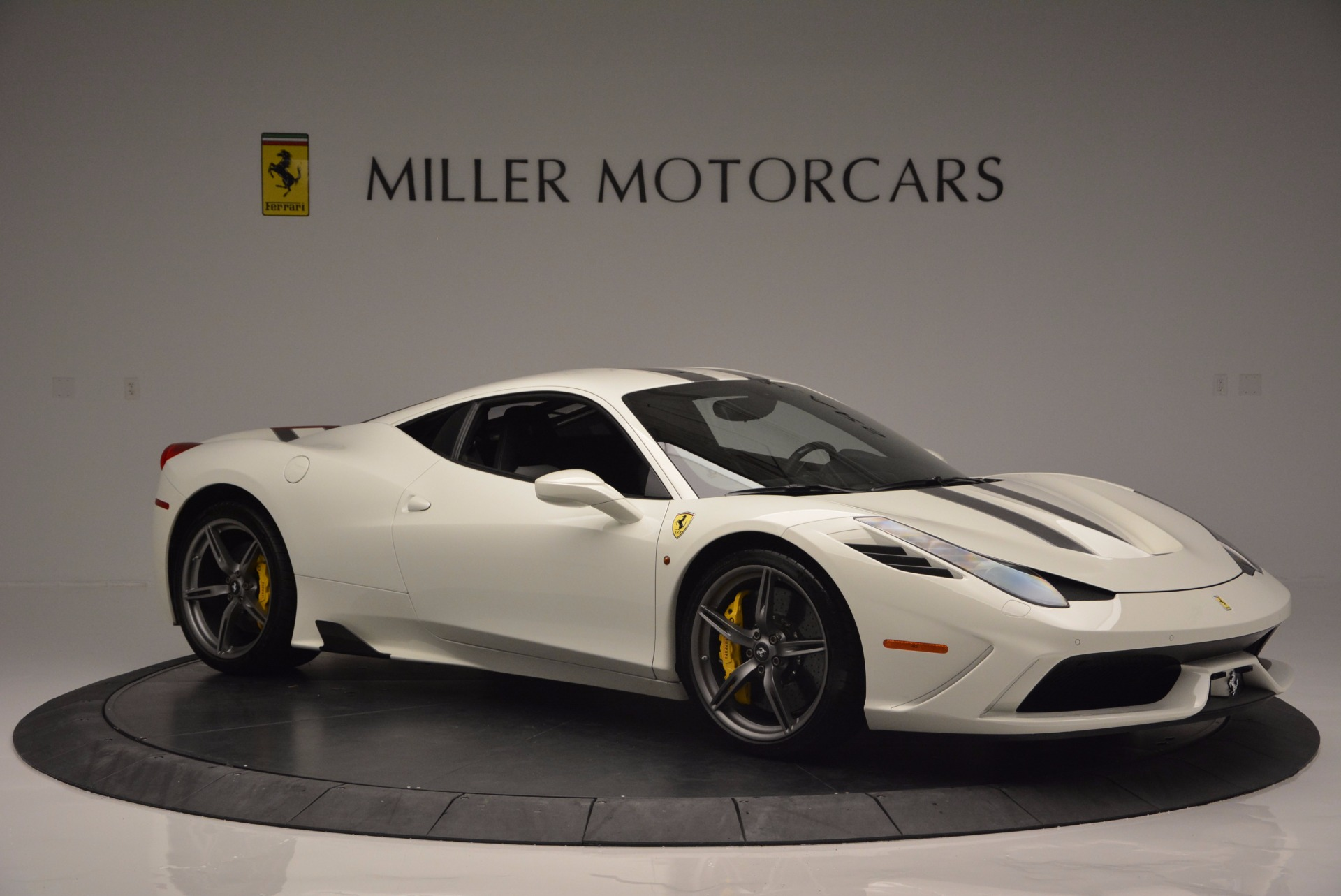 Used 2015 Ferrari 458 Speciale  For Sale In Westport, CT 1147_p11