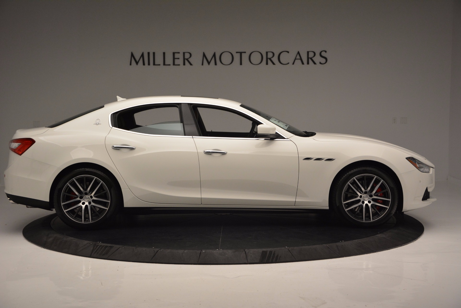 Used 2017 Maserati Ghibli S Q4 Ex-Loaner For Sale In Westport, CT 1166_p9