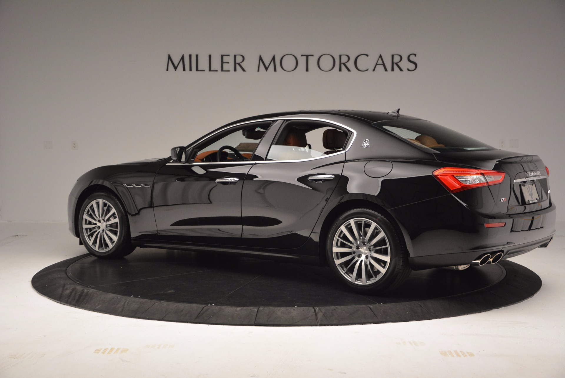 Used 2017 Maserati Ghibli SQ4 S Q4 Ex-Loaner For Sale In Westport, CT 1168_p4
