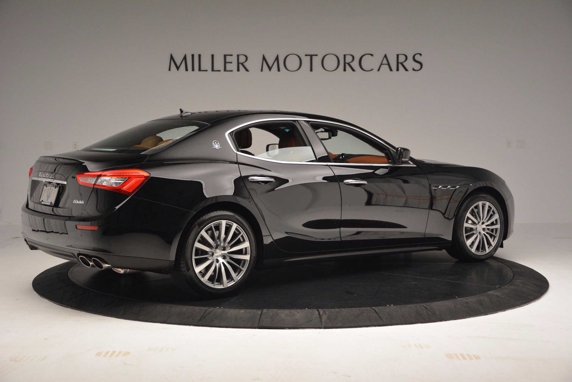 Used 2017 Maserati Ghibli SQ4 S Q4 Ex-Loaner For Sale In Westport, CT 1168_p8