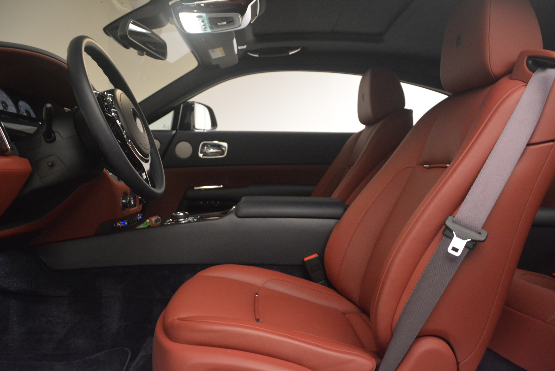 Used 2016 Rolls-Royce Wraith  For Sale In Westport, CT 1170_p21