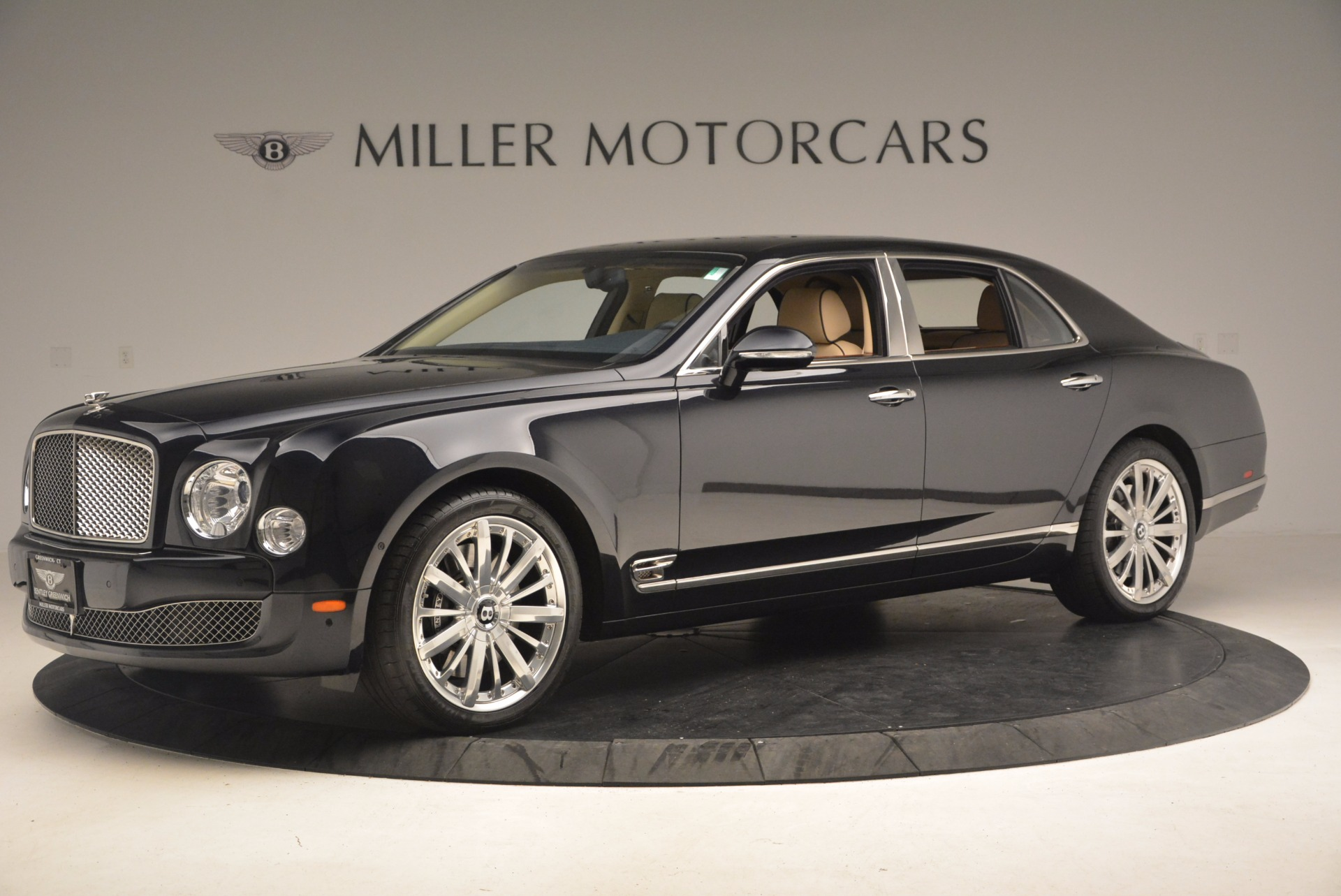 Used 2016 Bentley Mulsanne  For Sale In Westport, CT 1173_p2