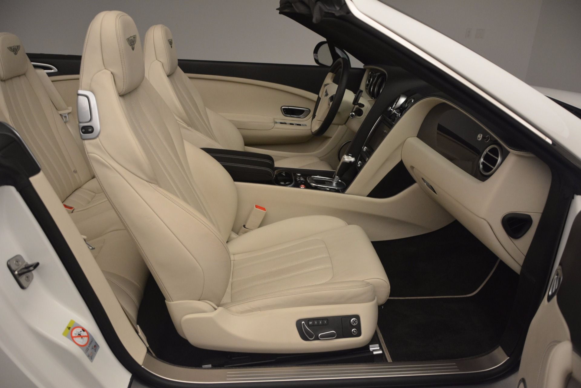 Used 2015 Bentley Continental GT V8 S For Sale In Westport, CT 1175_p52