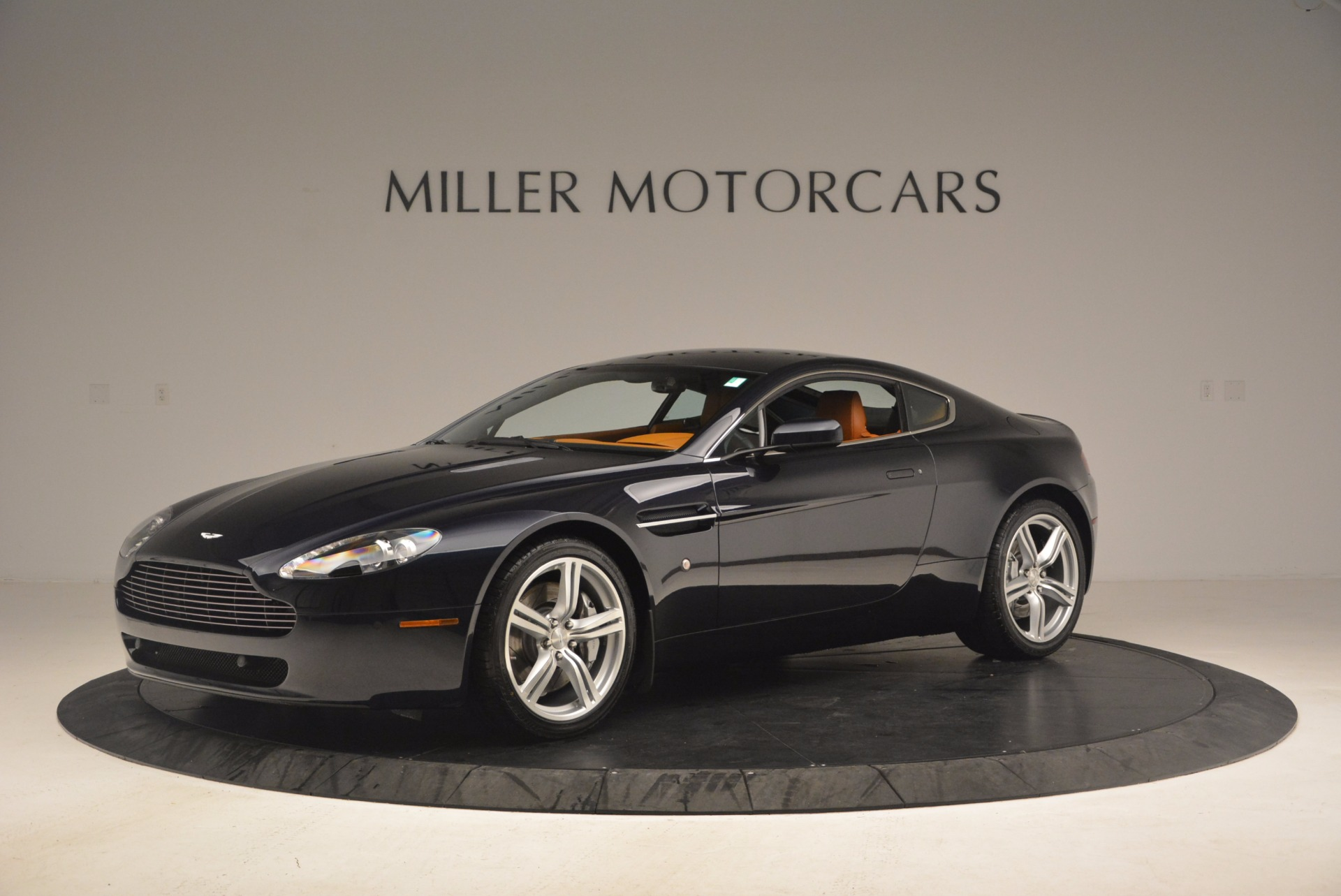 Used 2009 Aston Martin V8 Vantage  For Sale In Westport, CT 1183_p2