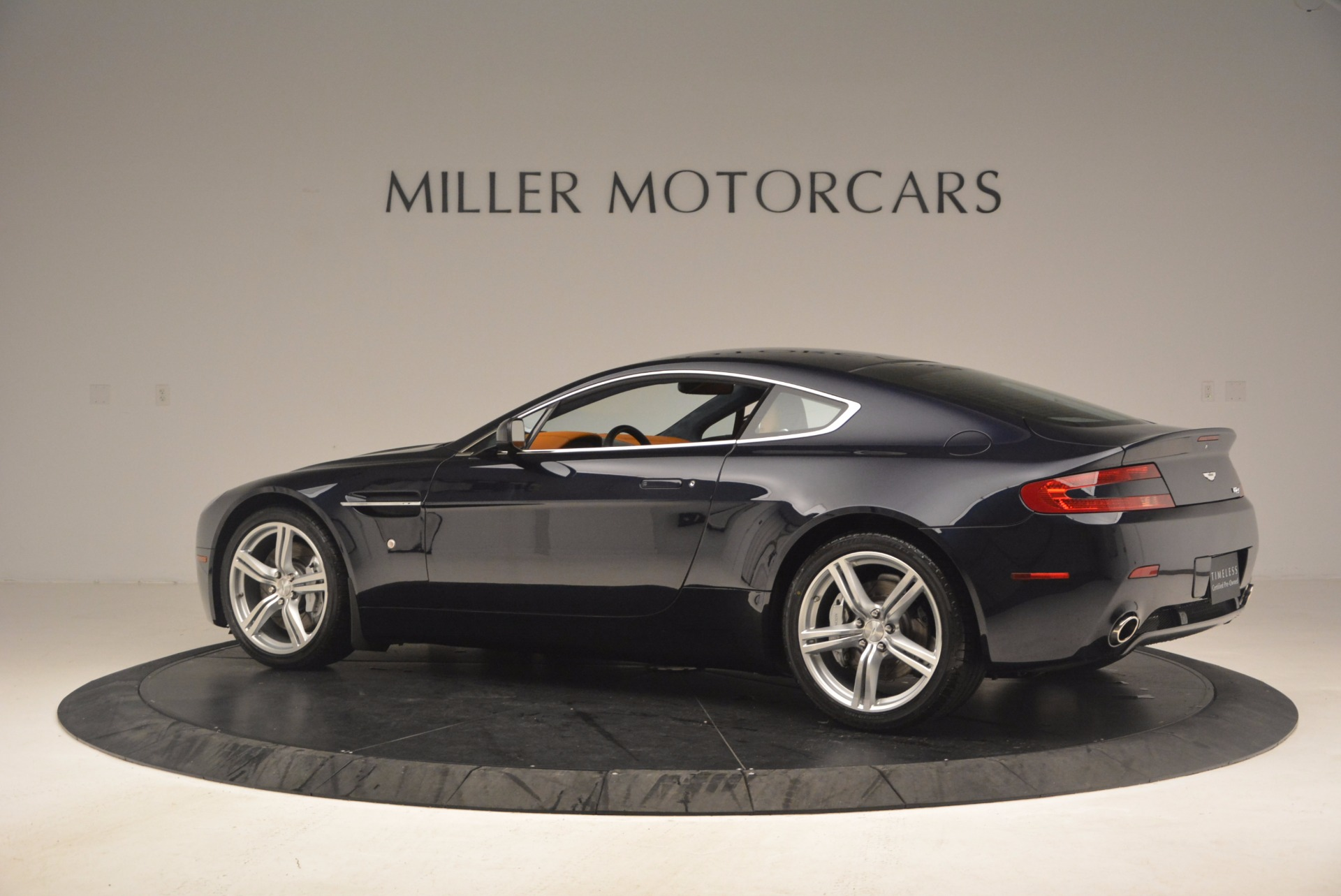 Used 2009 Aston Martin V8 Vantage  For Sale In Westport, CT 1183_p4
