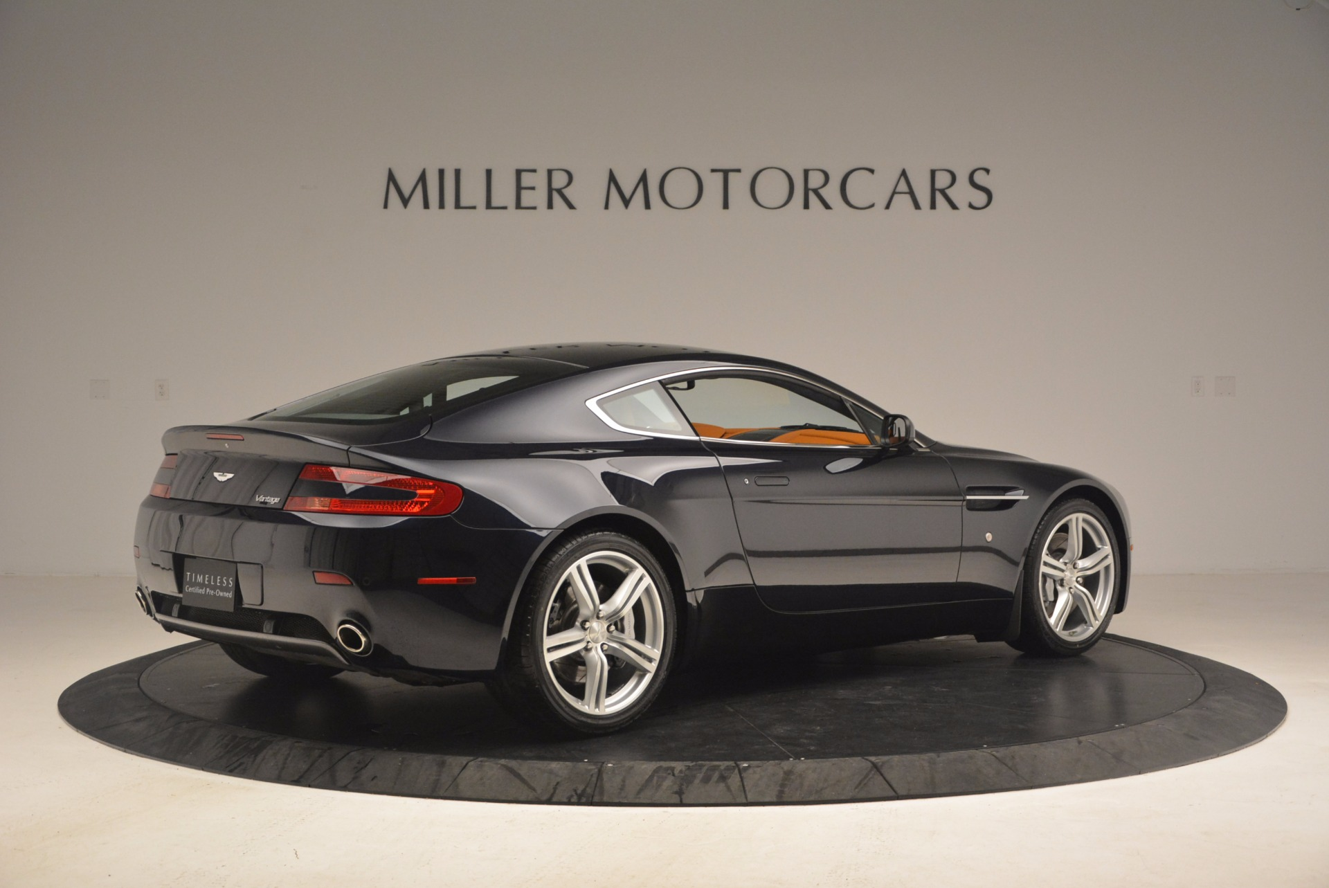 Used 2009 Aston Martin V8 Vantage  For Sale In Westport, CT 1183_p8