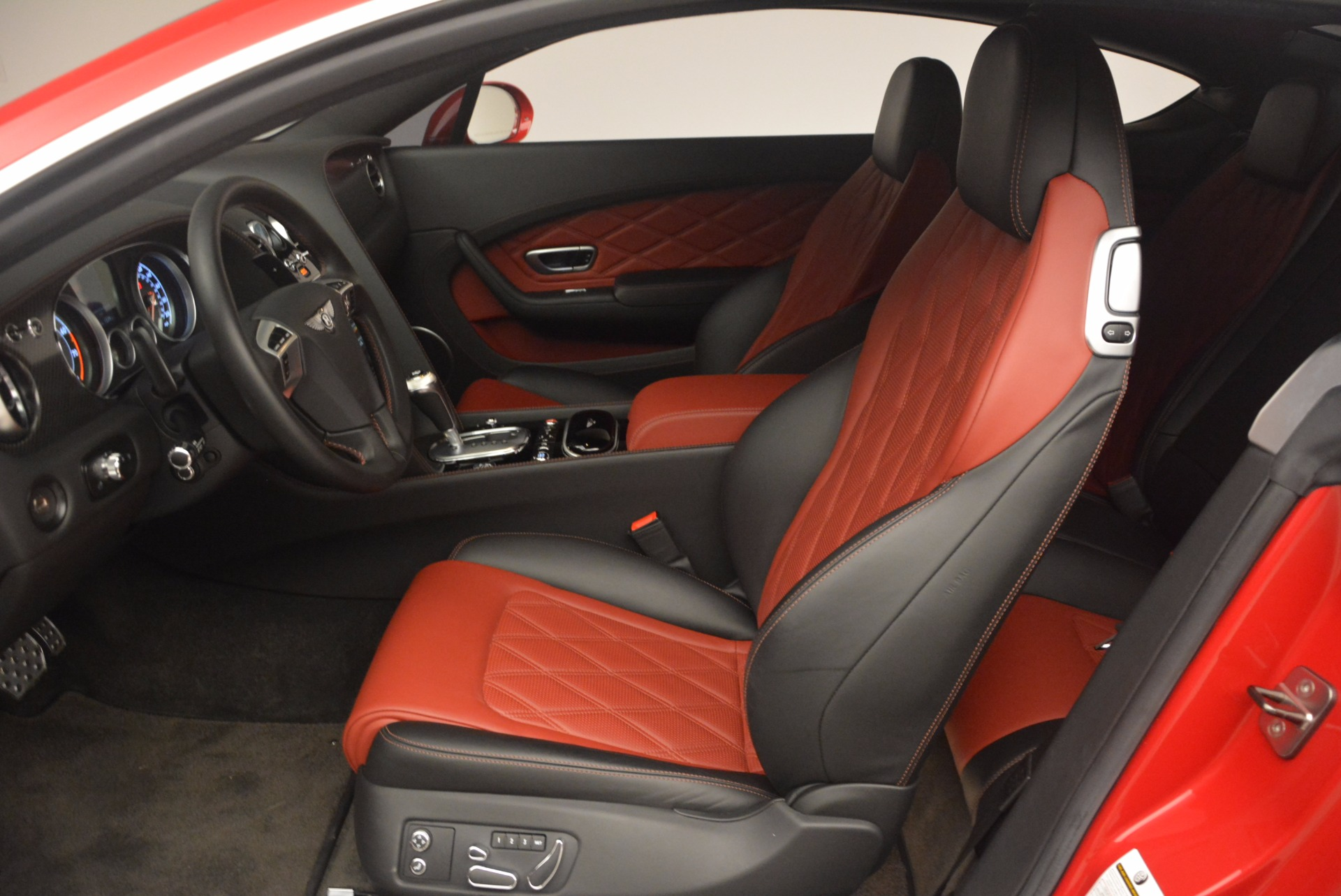 Used 2013 Bentley Continental GT V8 For Sale In Westport, CT 1185_p21