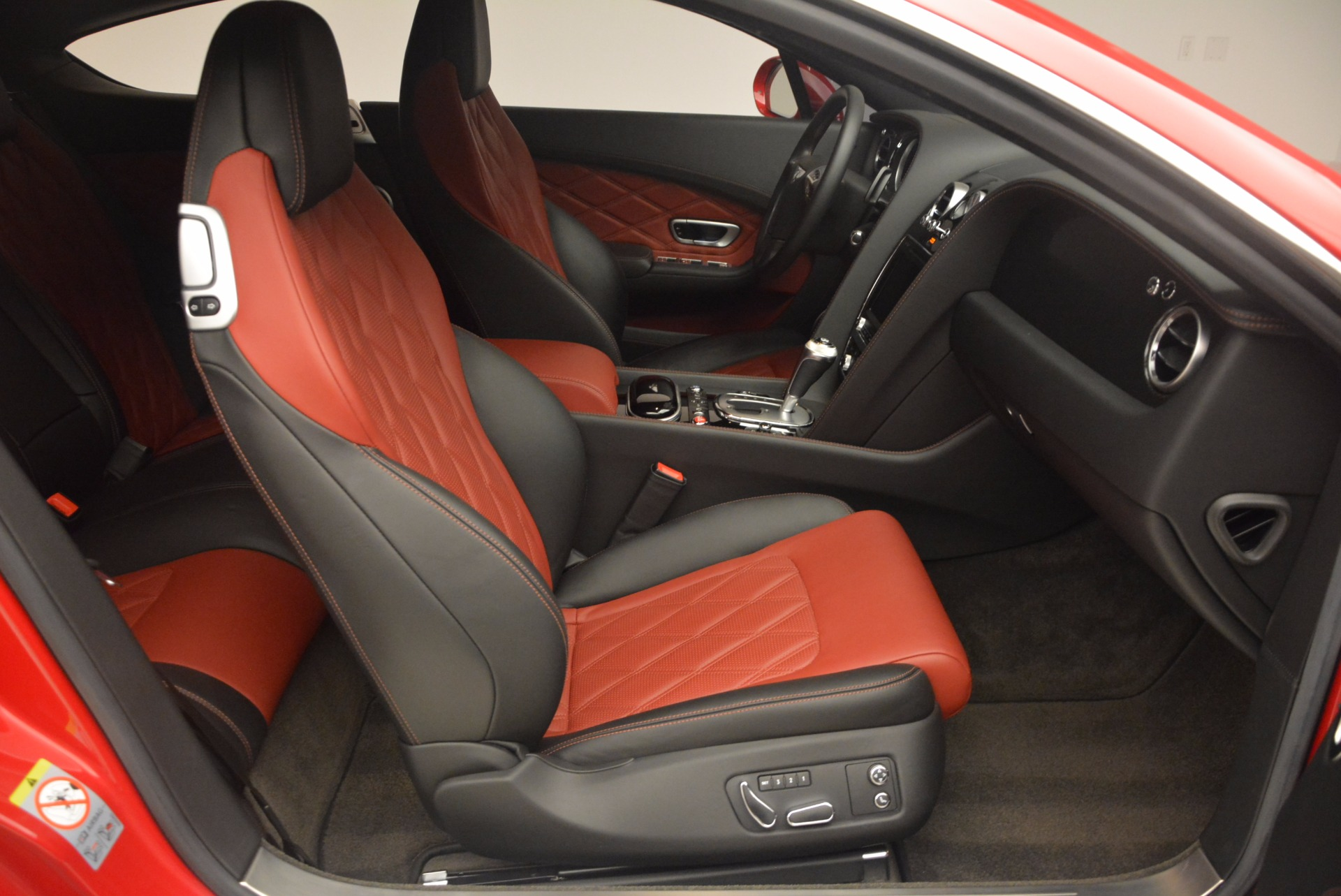 Used 2013 Bentley Continental GT V8 For Sale In Westport, CT 1185_p30