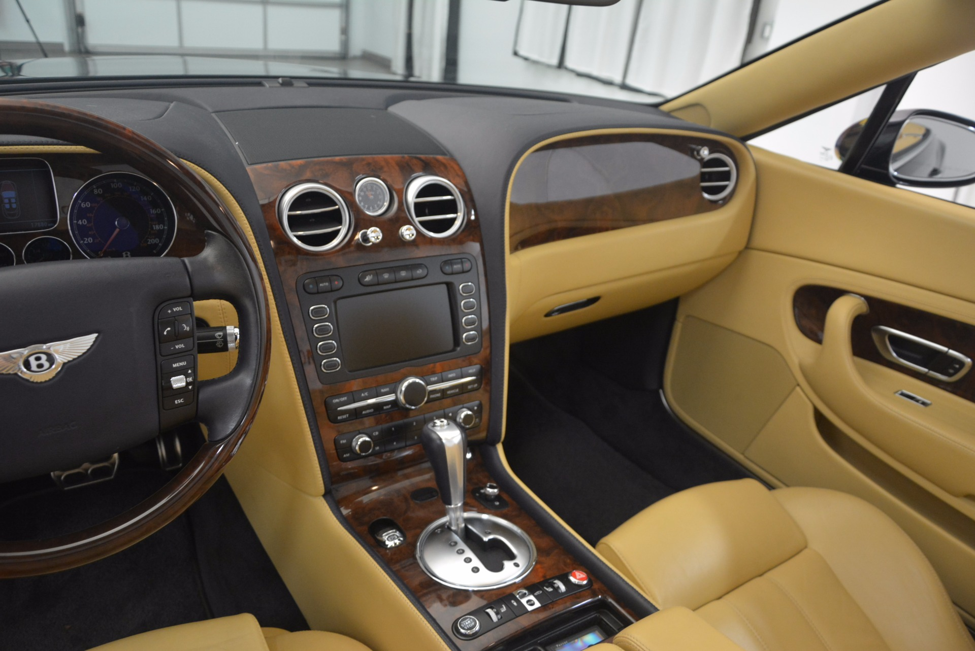 Used 2007 Bentley Continental GTC  For Sale In Westport, CT 1186_p39