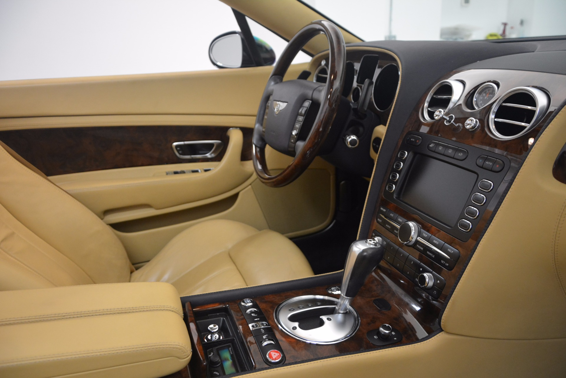 Used 2007 Bentley Continental GTC  For Sale In Westport, CT 1186_p48