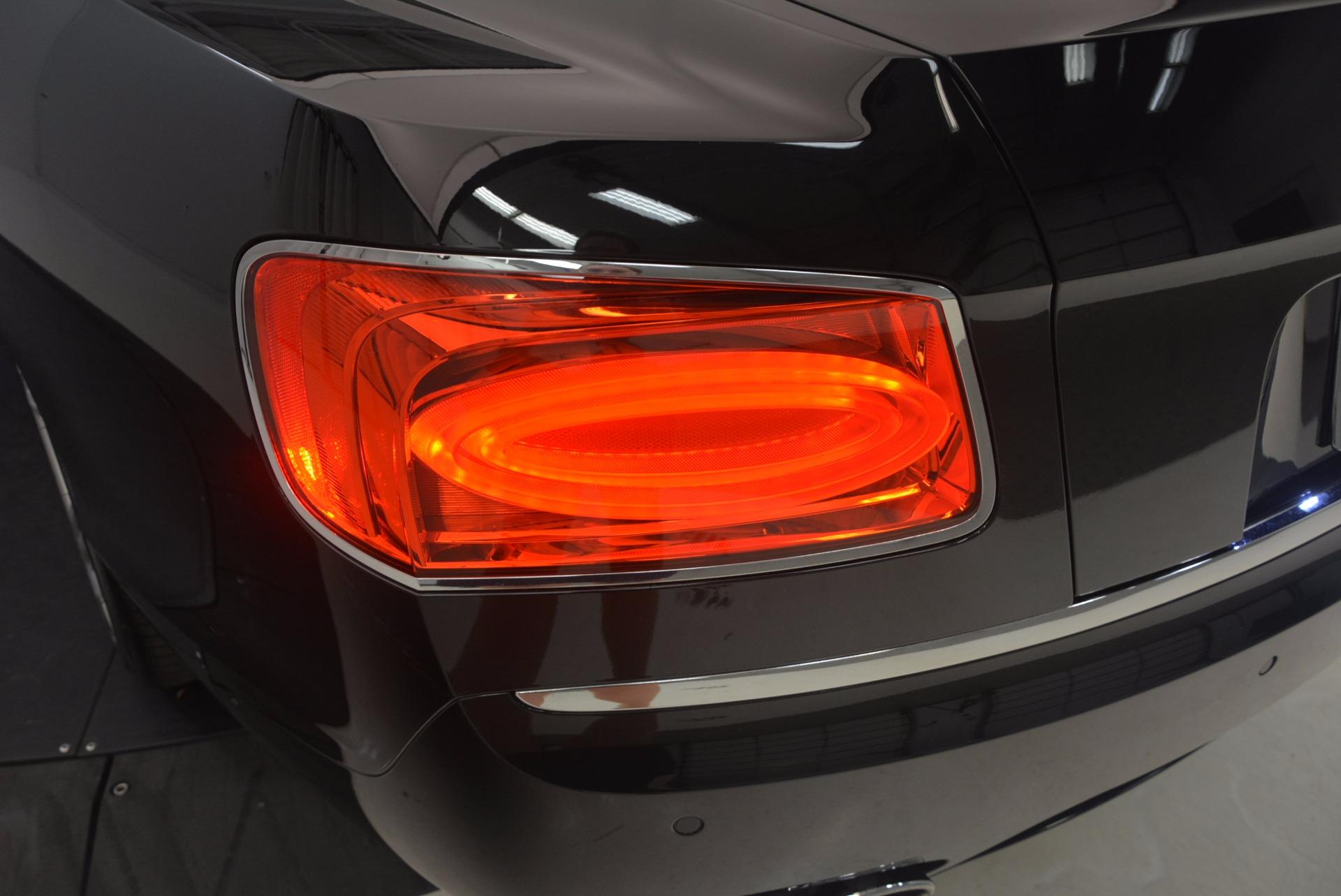 Used 2015 Bentley Flying Spur V8 For Sale In Westport, CT 1199_p40