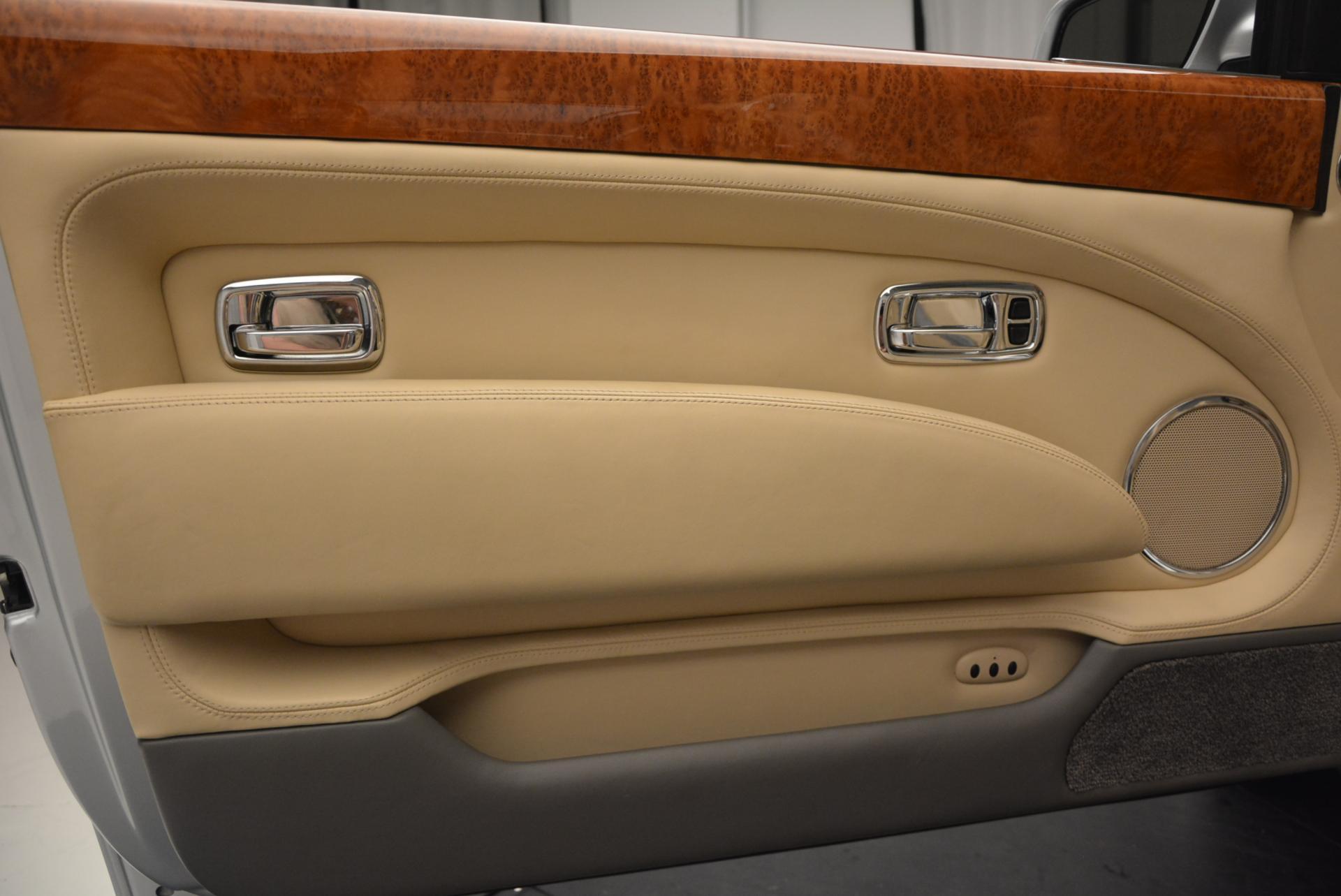 Used 2008 Bentley Azure  For Sale In Westport, CT 12_p39