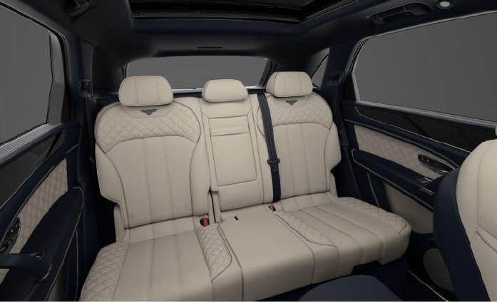 Used 2017 Bentley Bentayga  For Sale In Westport, CT 1200_p8