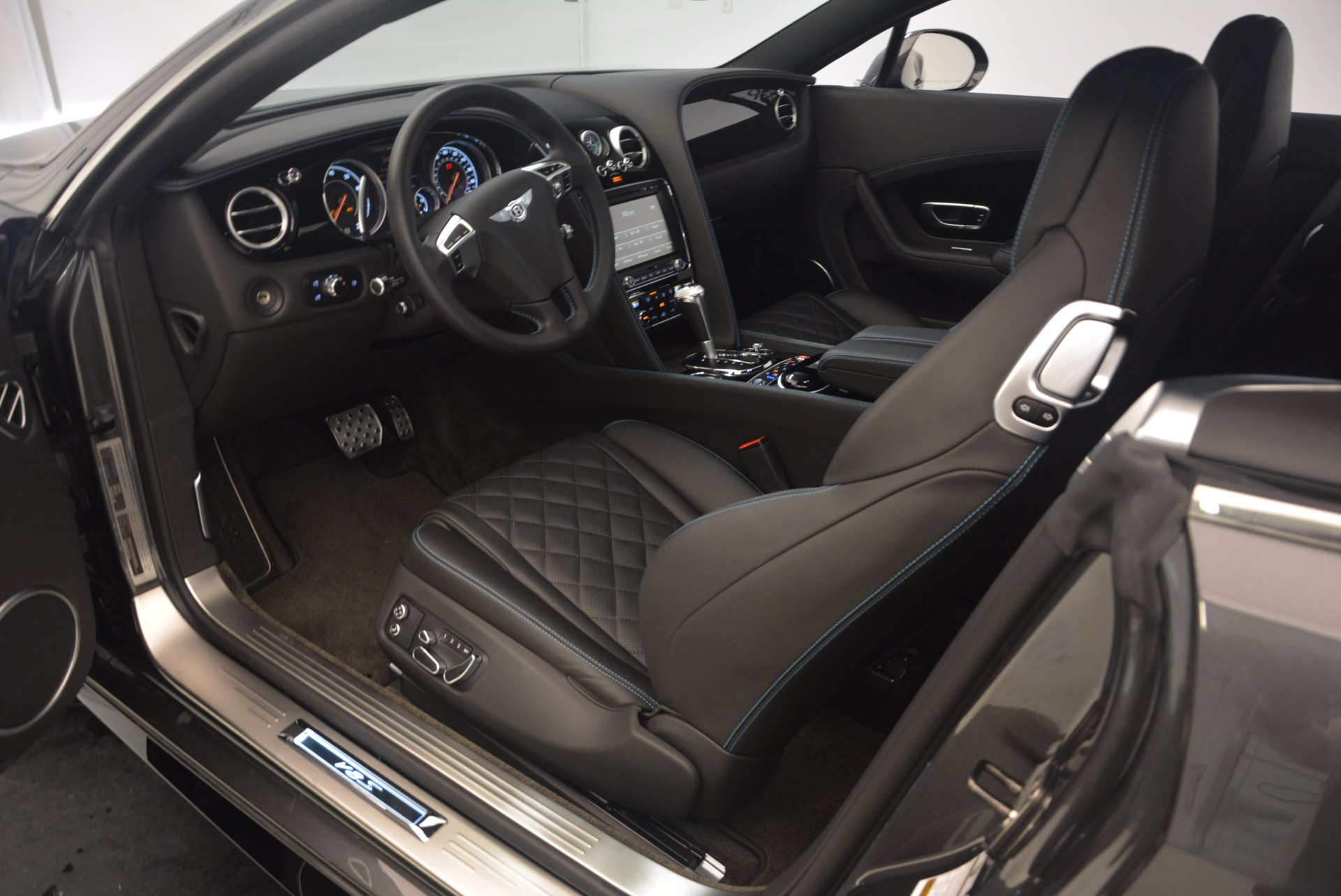 Used 2016 Bentley Continental GT V8 S For Sale In Westport, CT 1214_p24