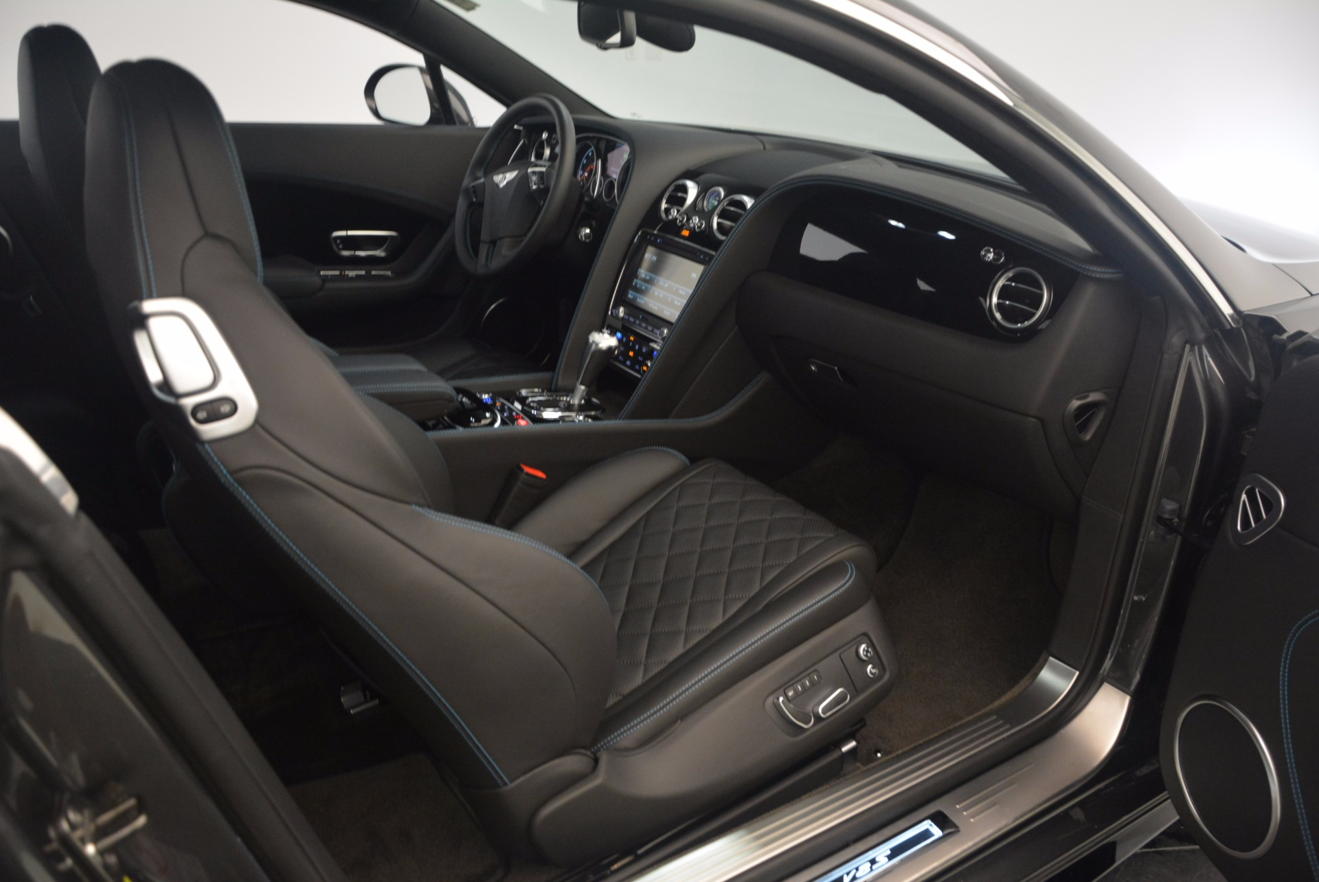 Used 2016 Bentley Continental GT V8 S For Sale In Westport, CT 1214_p41