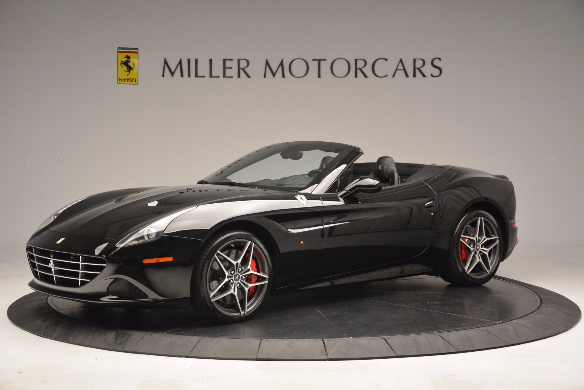 Used 2015 Ferrari California T  For Sale In Westport, CT 1218_p2