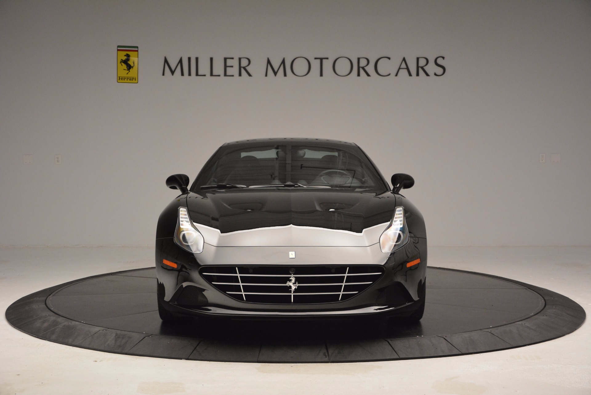 Used 2015 Ferrari California T  For Sale In Westport, CT 1218_p7