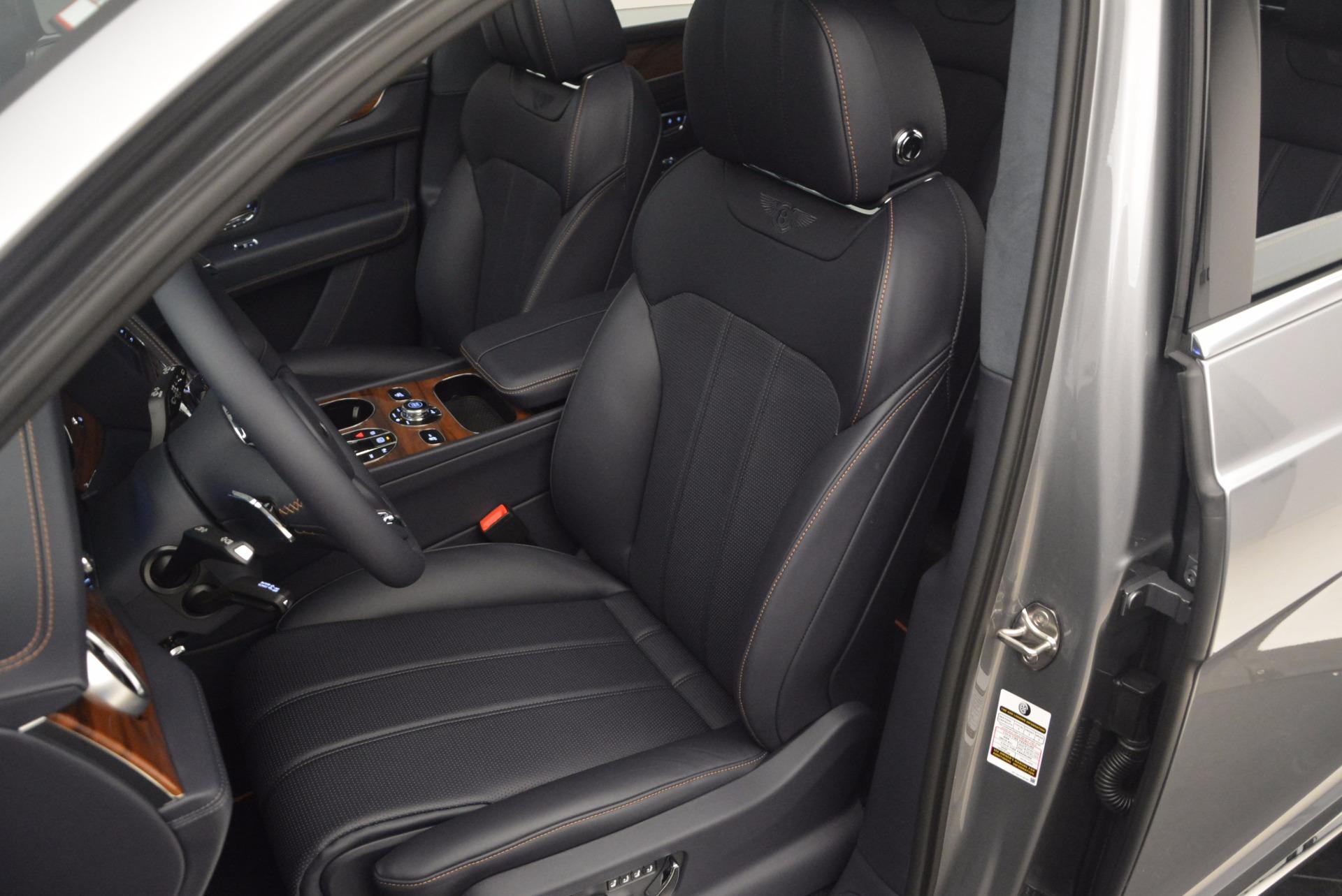 New 2018 Bentley Bentayga Onyx For Sale In Westport, CT 1220_p23