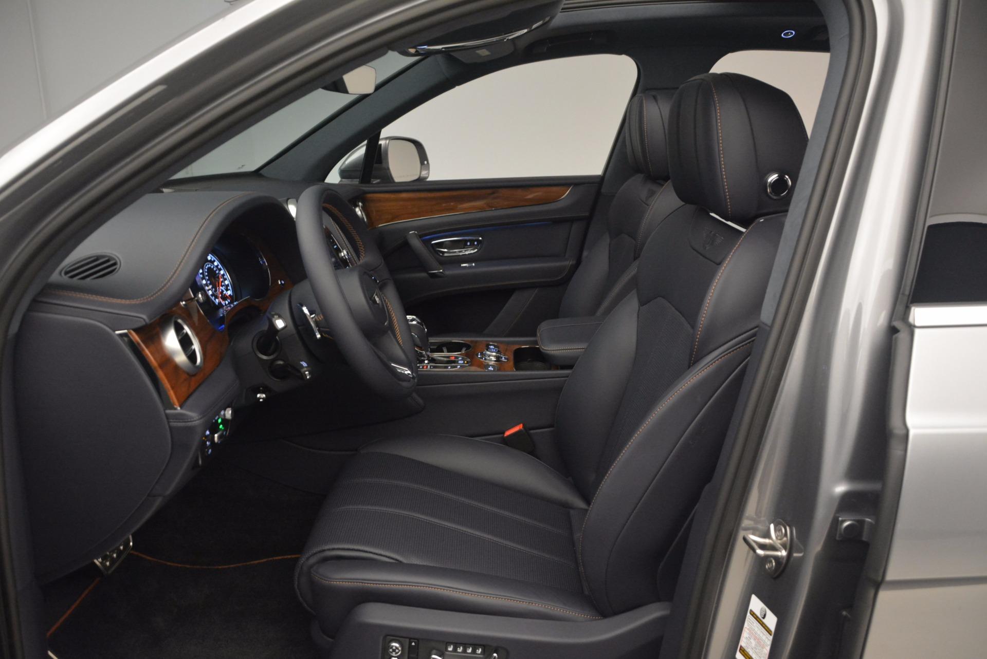 New 2018 Bentley Bentayga Onyx For Sale In Westport, CT 1220_p24