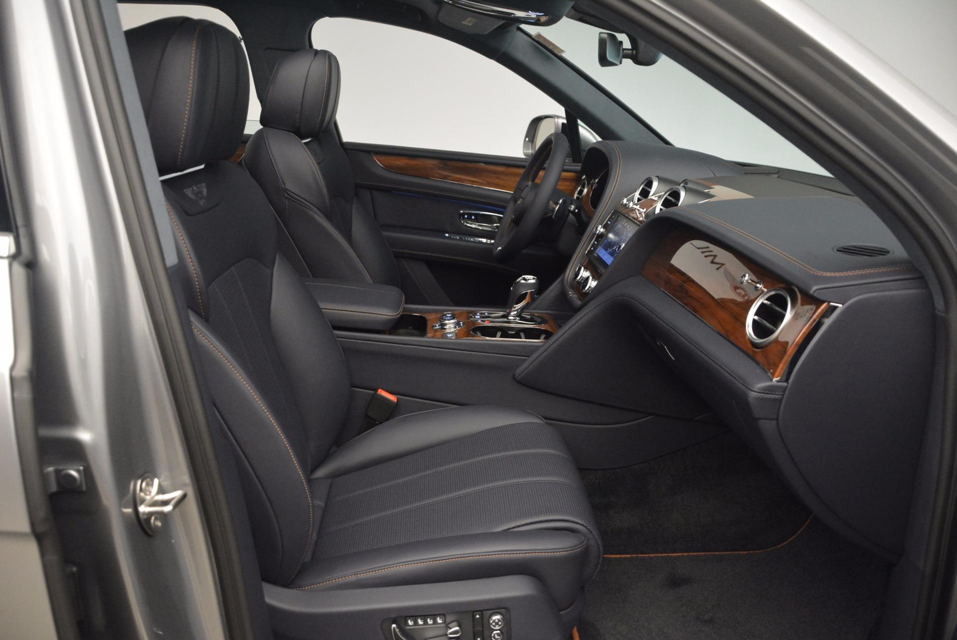 New 2018 Bentley Bentayga Onyx For Sale In Westport, CT 1220_p39