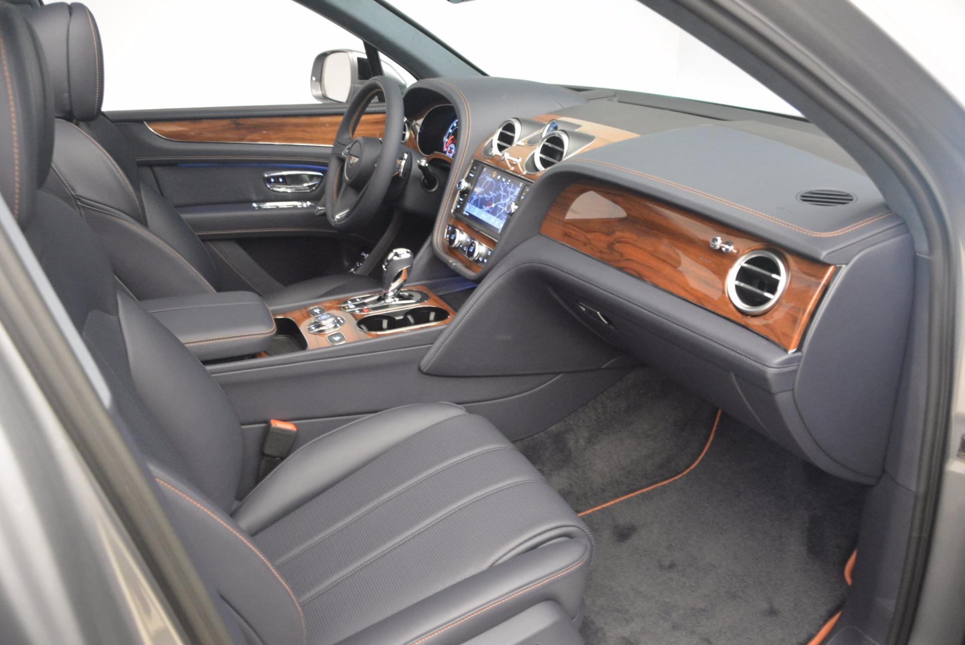 New 2018 Bentley Bentayga Onyx For Sale In Westport, CT 1220_p40