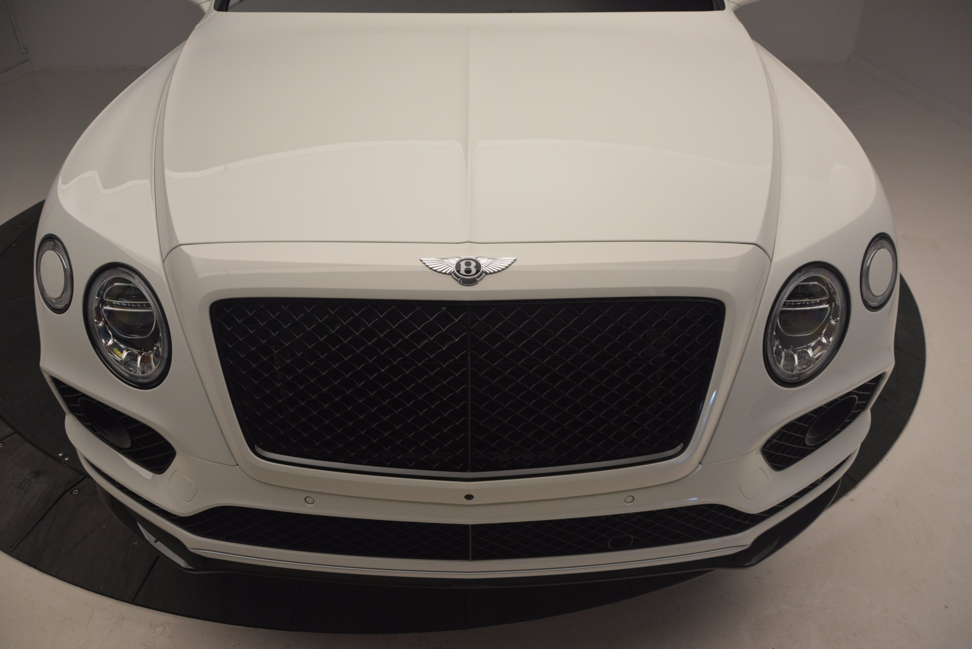 New 2018 Bentley Bentayga Black Edition For Sale In Westport, CT 1221_p13