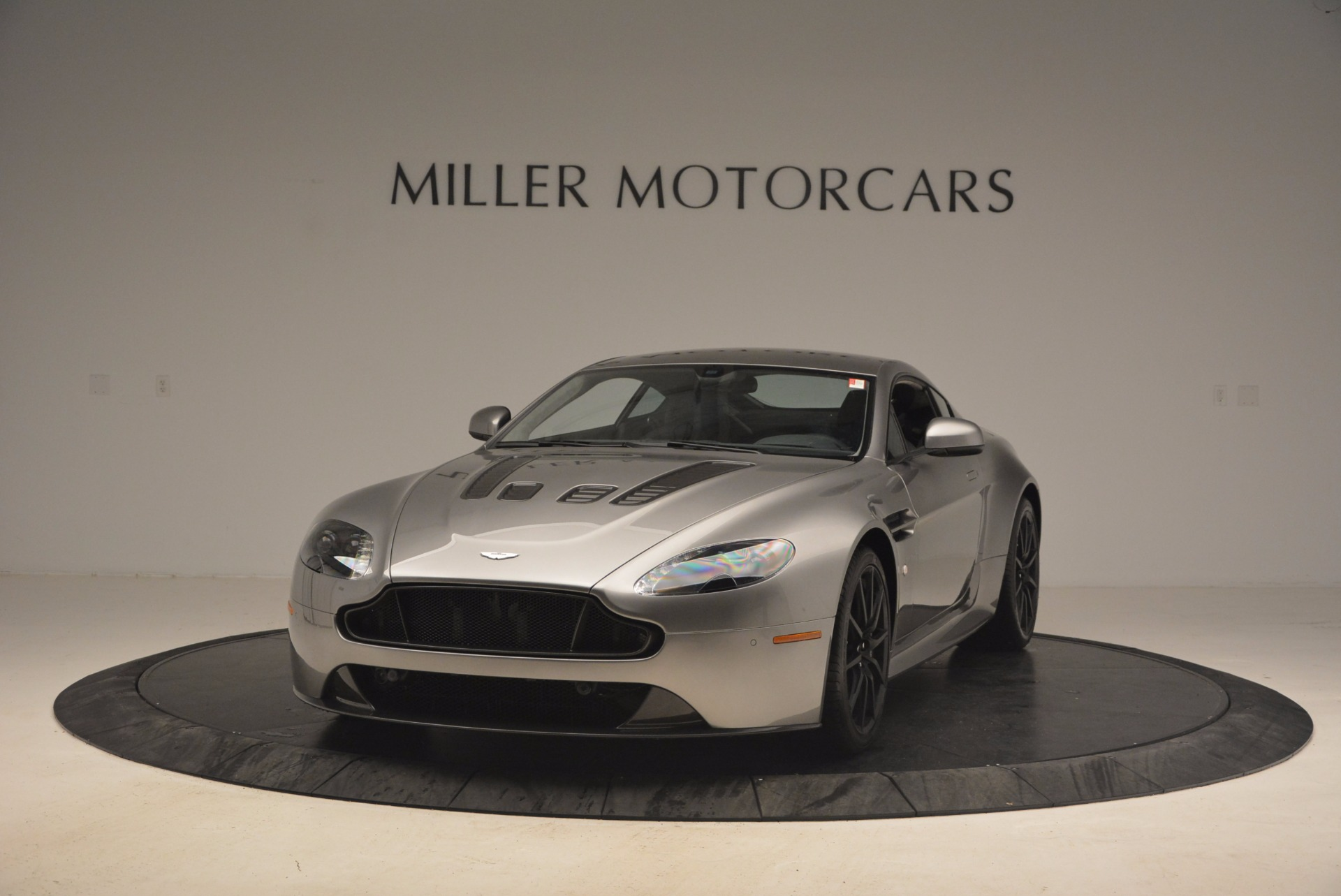 Used 2017 Aston Martin V12 Vantage S  For Sale In Westport, CT