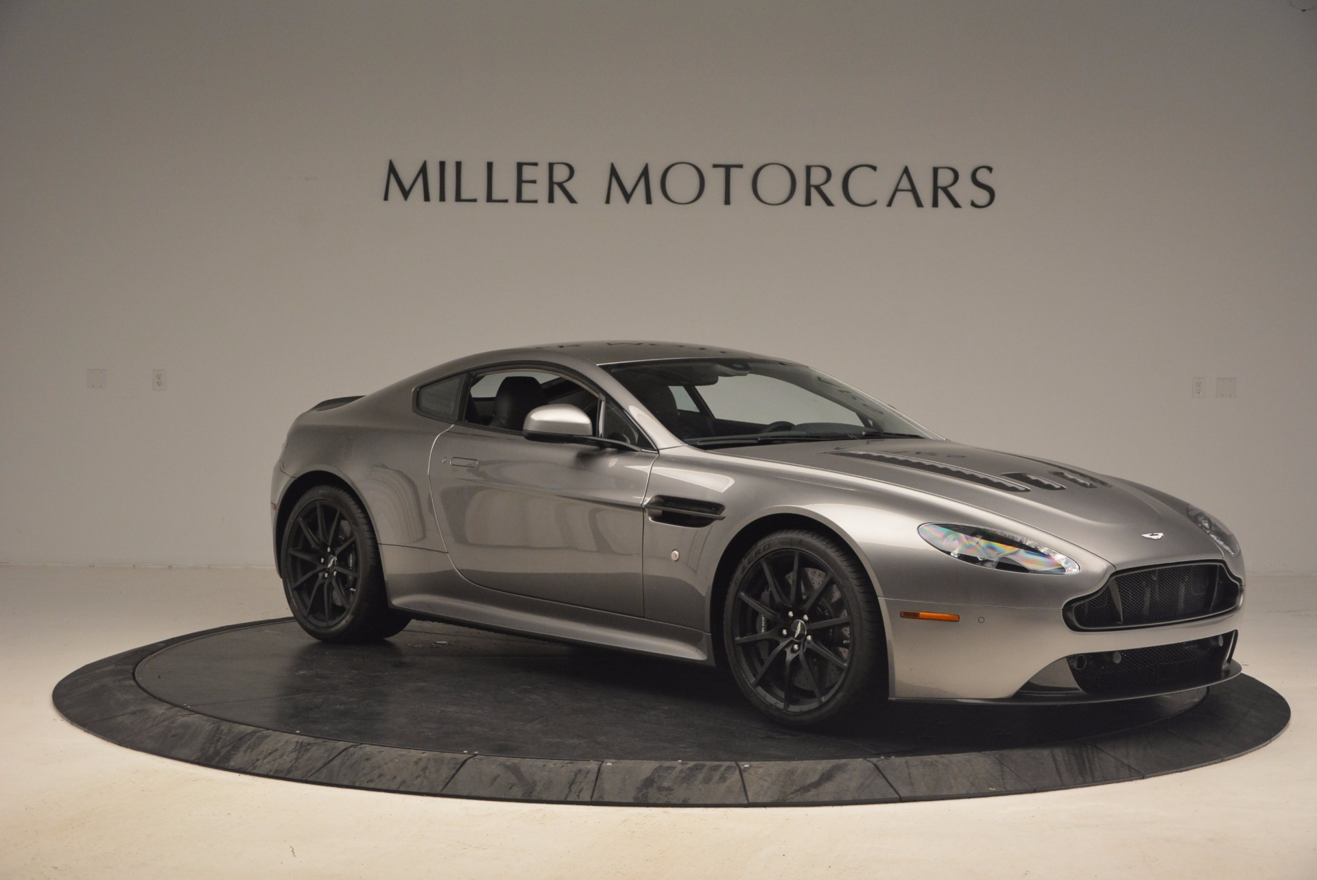 Used 2017 Aston Martin V12 Vantage S  For Sale In Westport, CT 1223_p10