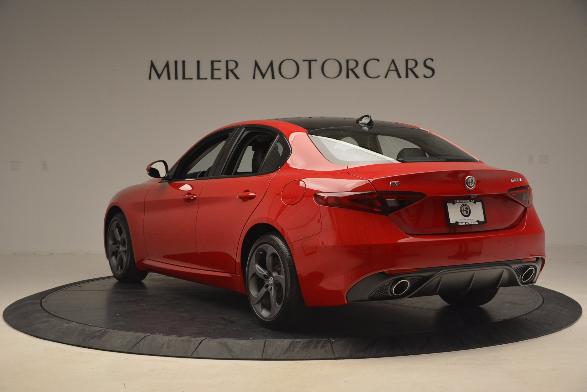 New 2017 Alfa Romeo Giulia Q4 For Sale In Westport, CT 1239_p5