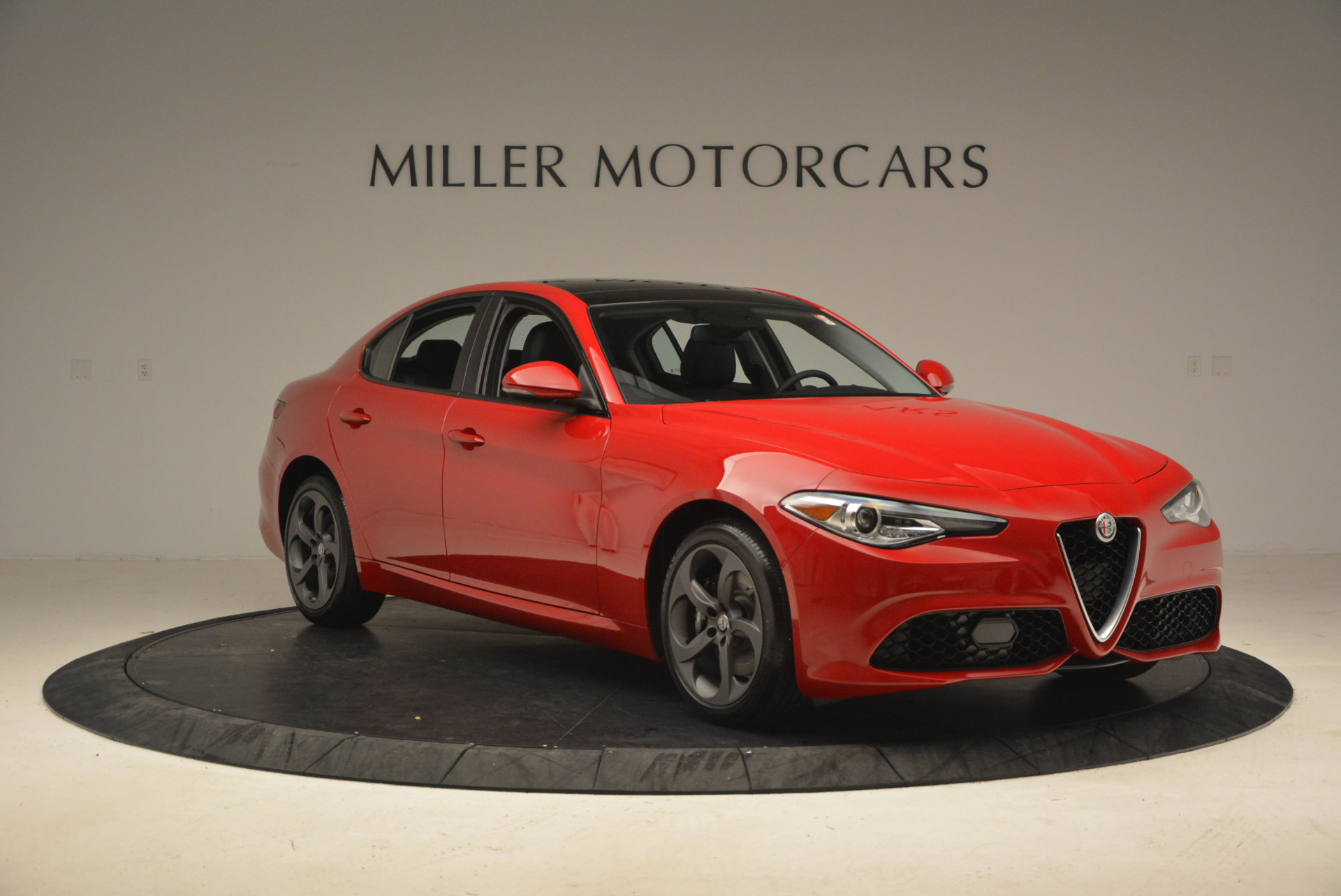 New 2017 Alfa Romeo Giulia Q4 For Sale In Westport, CT 1240_p13