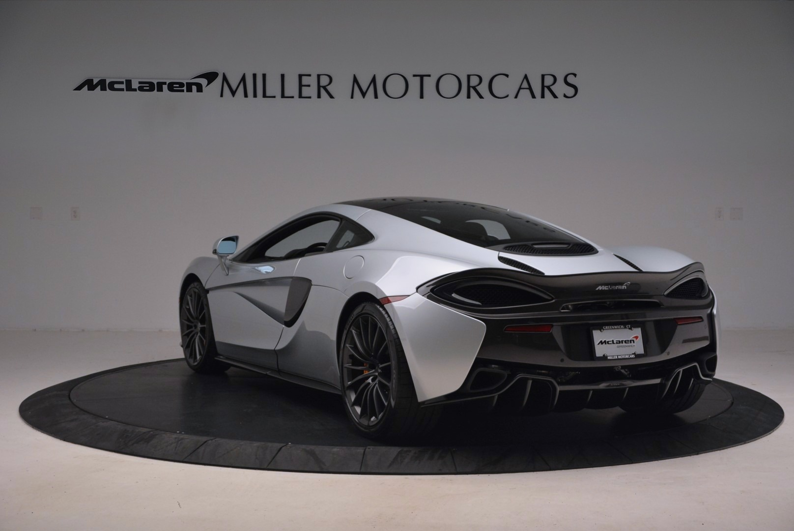 Used 2017 McLaren 570GT  For Sale In Westport, CT 1254_p5