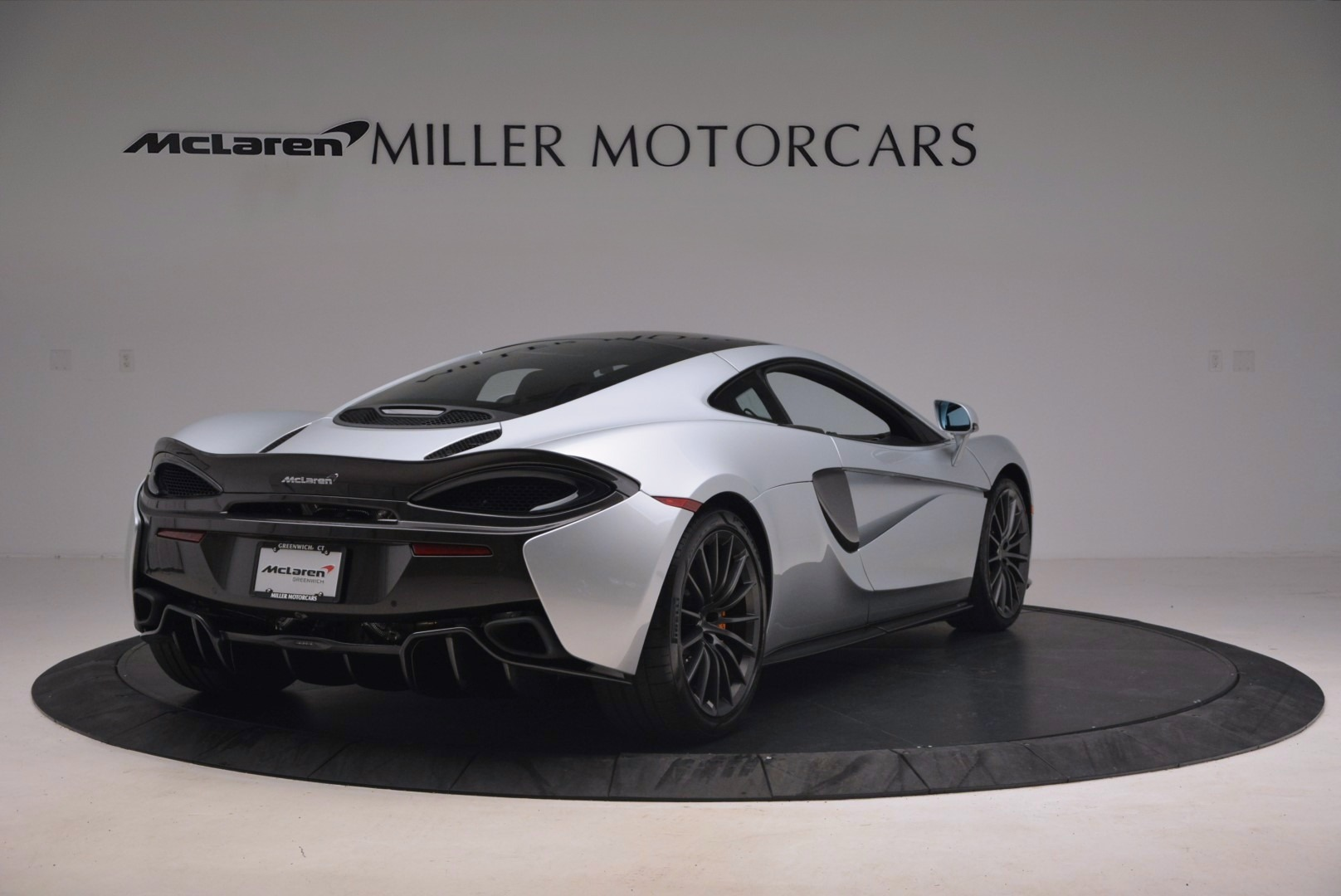 Used 2017 McLaren 570GT  For Sale In Westport, CT 1254_p7