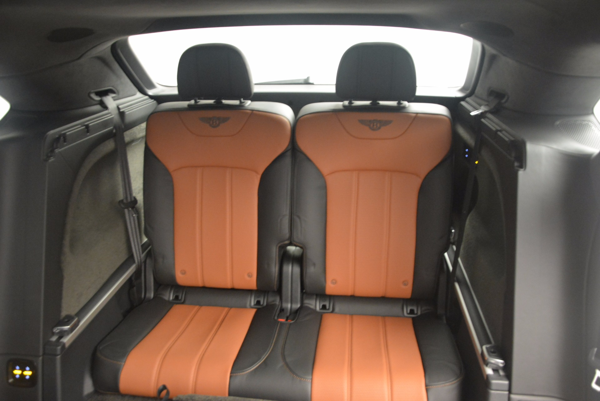 New 2018 Bentley Bentayga Activity Edition-Now with seating for 7!!! For Sale In Westport, CT 1255_p33