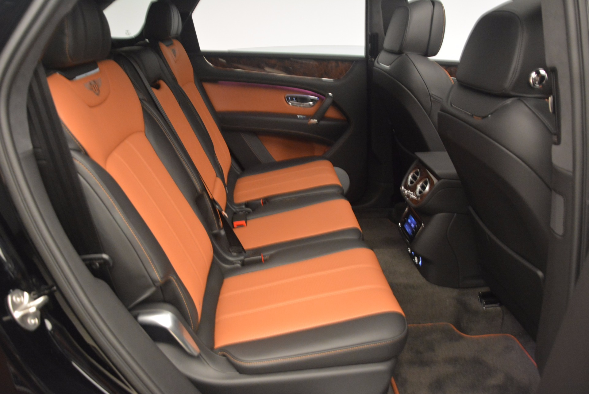New 2018 Bentley Bentayga Activity Edition-Now with seating for 7!!! For Sale In Westport, CT 1255_p46