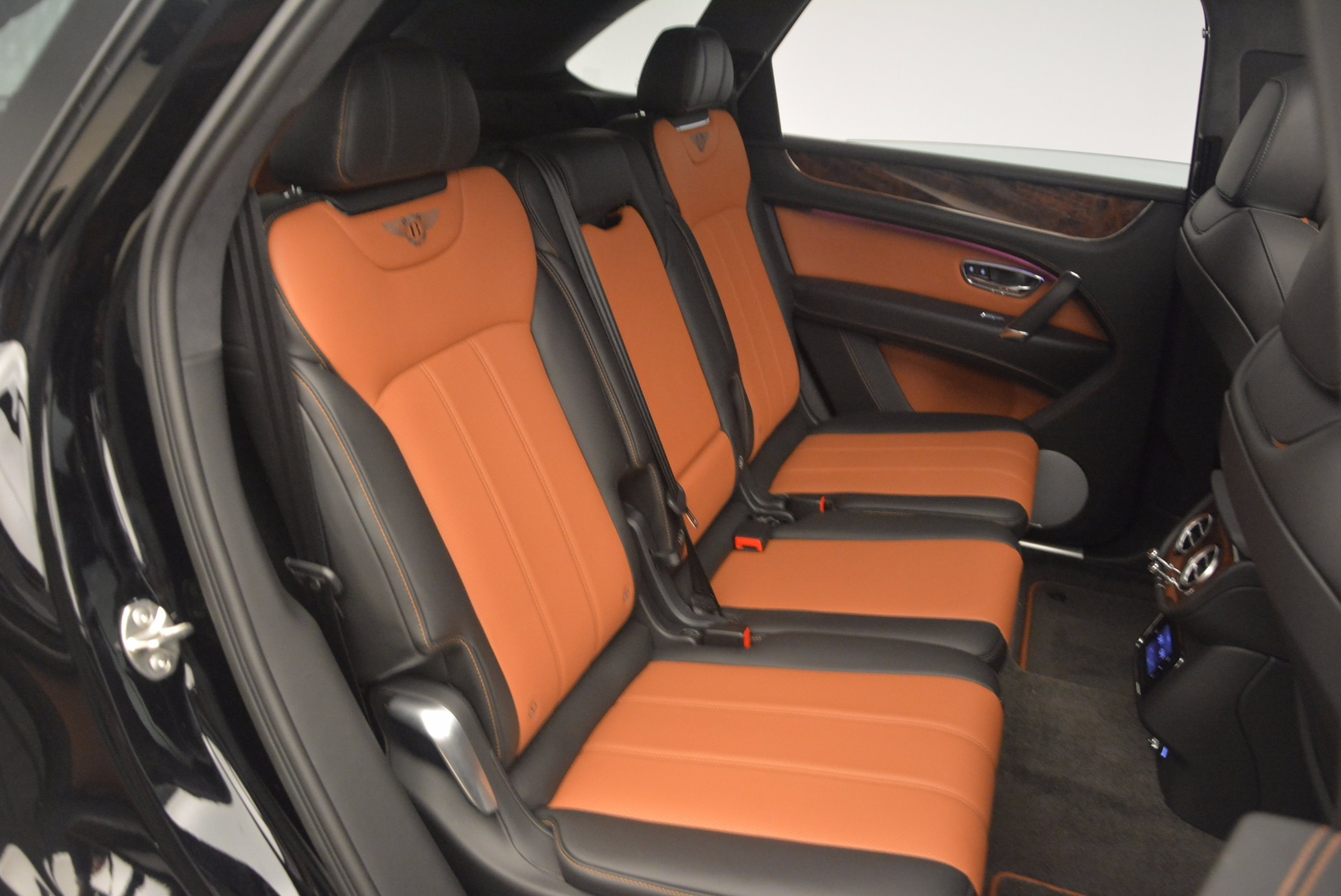 New 2018 Bentley Bentayga Activity Edition-Now with seating for 7!!! For Sale In Westport, CT 1255_p47