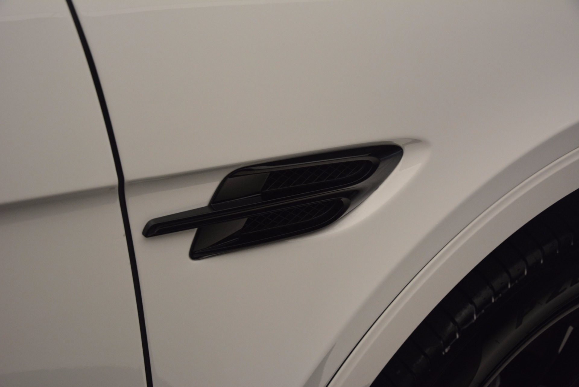 New 2018 Bentley Bentayga Black Edition For Sale In Westport, CT 1260_p40