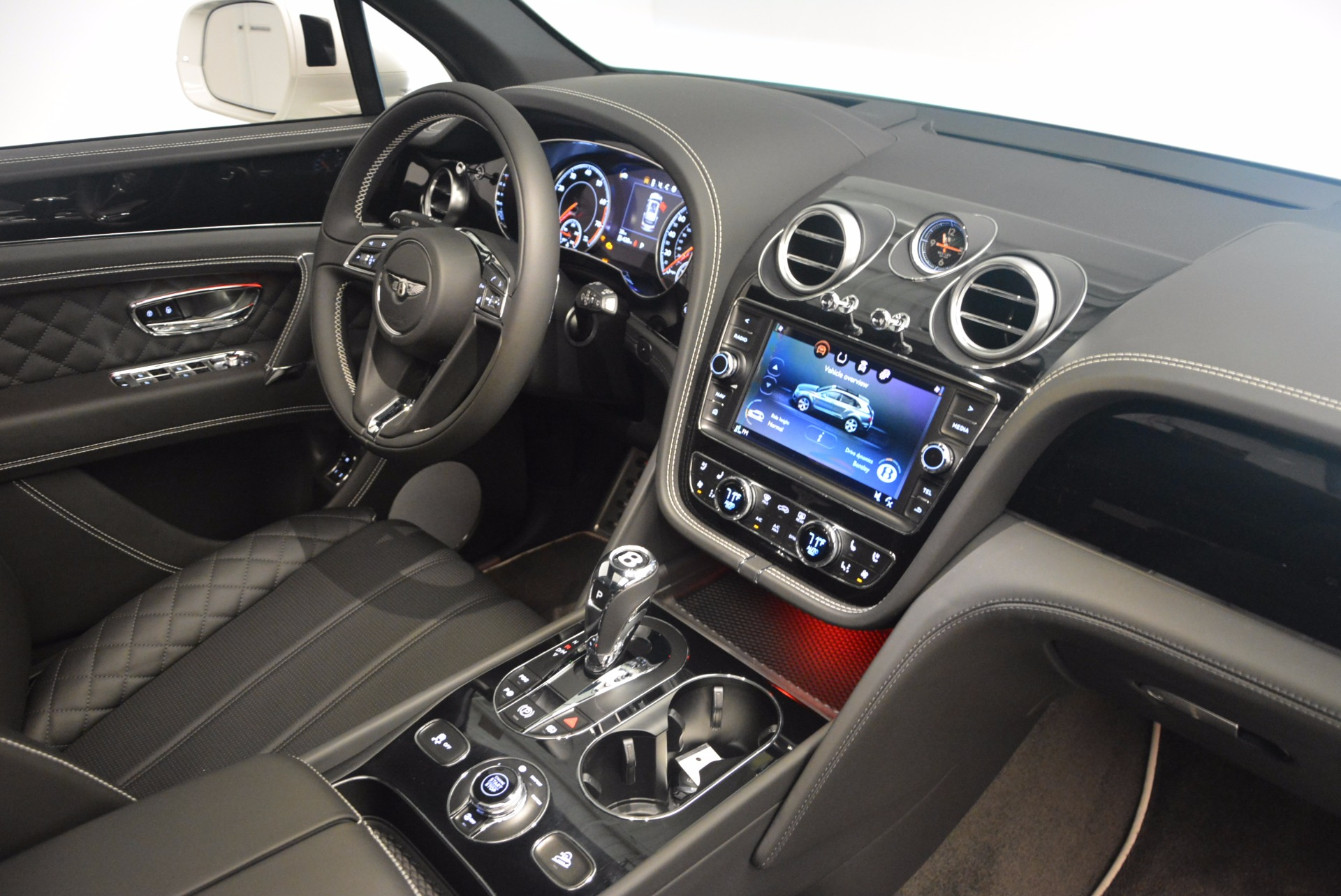 New 2018 Bentley Bentayga Black Edition For Sale In Westport, CT 1260_p45