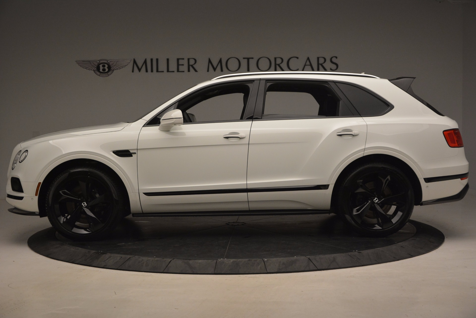 New 2018 Bentley Bentayga Black Edition For Sale In Westport, CT 1260_p4
