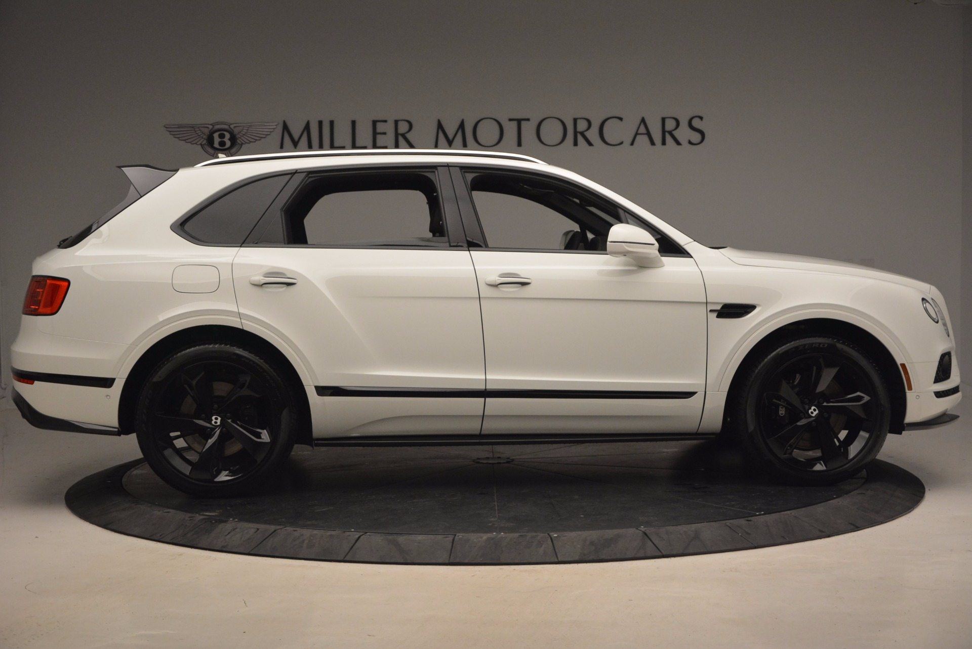 New 2018 Bentley Bentayga Black Edition For Sale In Westport, CT 1260_p9