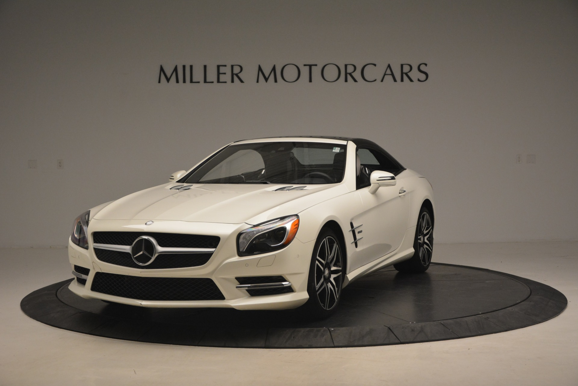 Used 2015 Mercedes Benz SL-Class SL 550 For Sale In Westport, CT 1261_p15