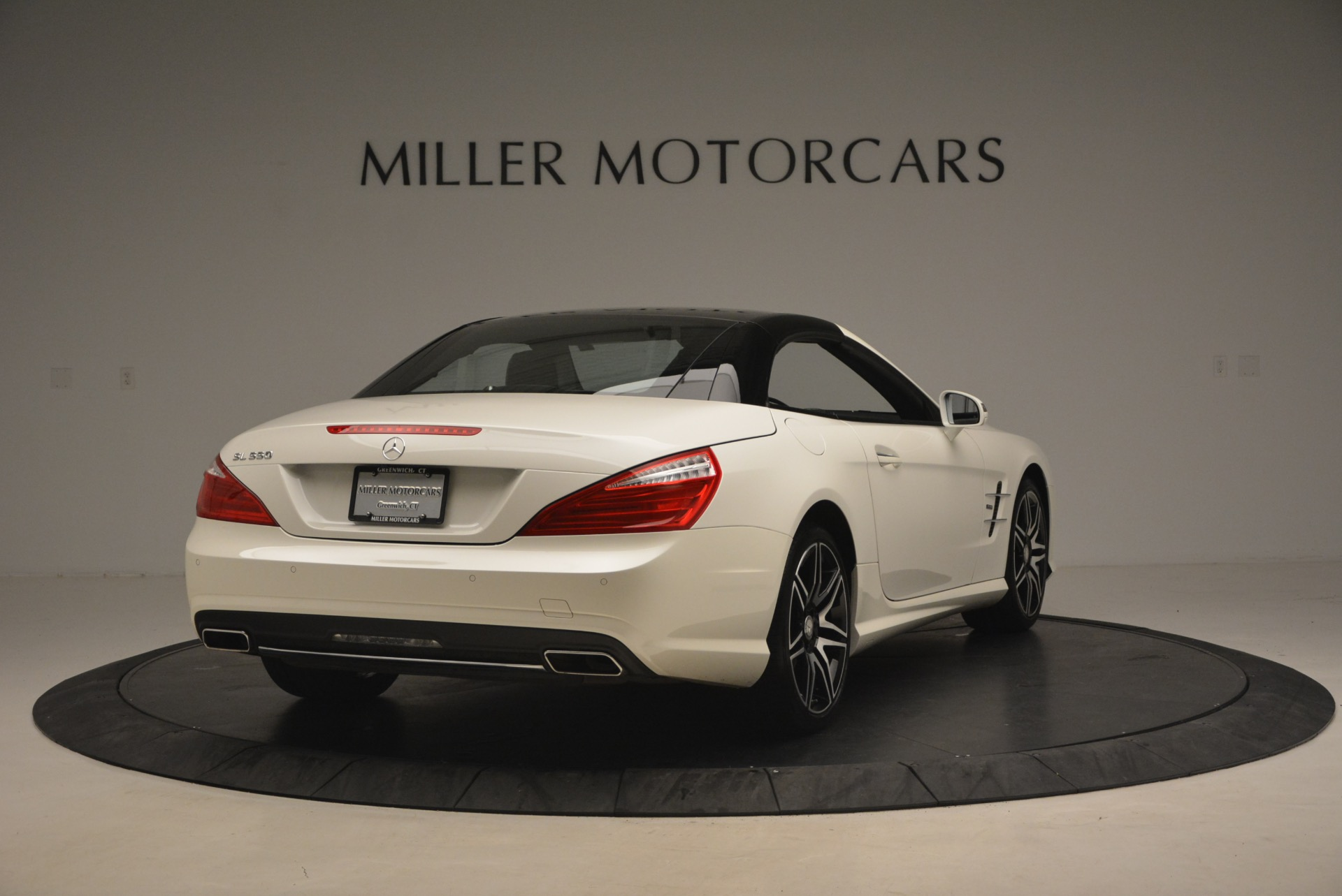 Used 2015 Mercedes Benz SL-Class SL 550 For Sale In Westport, CT 1261_p21