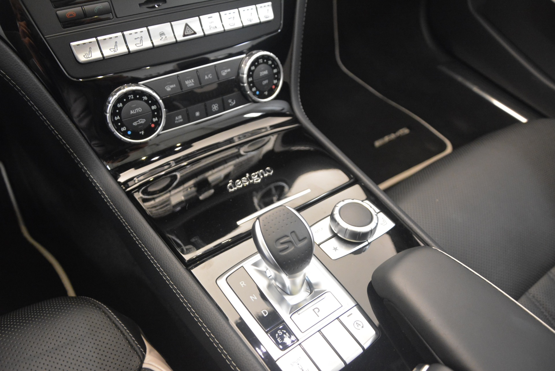 Used 2015 Mercedes Benz SL-Class SL 550 For Sale In Westport, CT 1261_p35