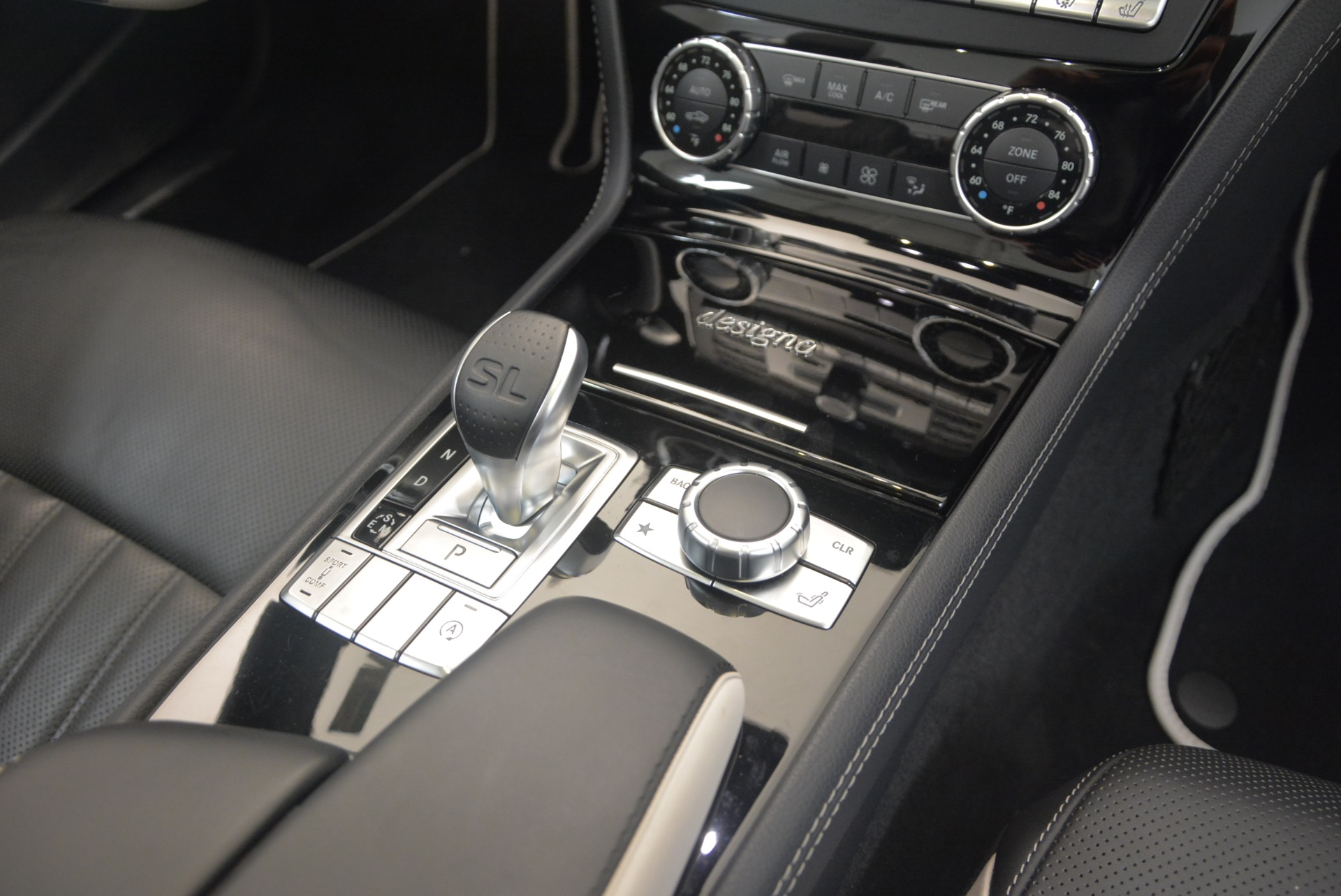 Used 2015 Mercedes Benz SL-Class SL 550 For Sale In Westport, CT 1261_p46