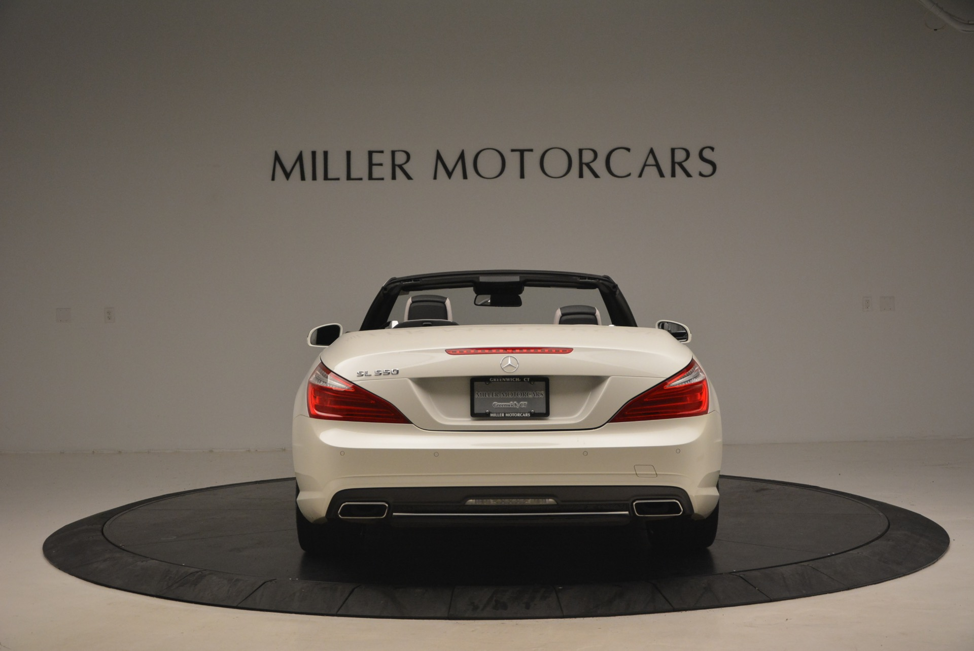 Used 2015 Mercedes Benz SL-Class SL 550 For Sale In Westport, CT 1261_p6