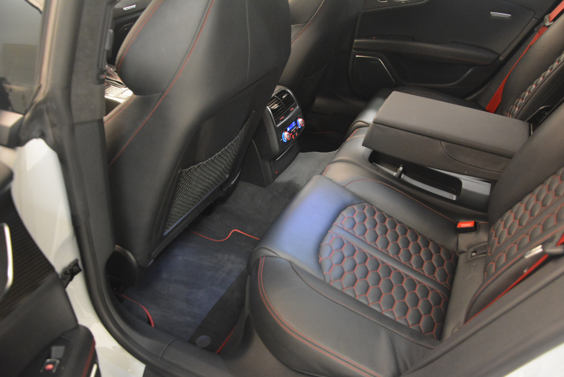 Used 2014 Audi RS 7 4.0T quattro Prestige For Sale In Westport, CT 1262_p33
